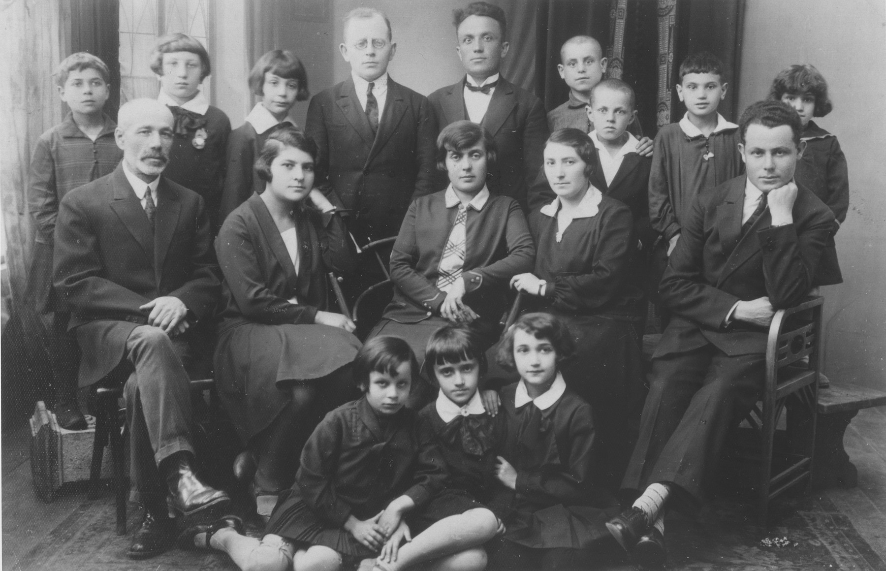 Students and teachers at the Tarbut school in Nowogrodek.  Seated at the right is the principal, Moishe Sternberg.