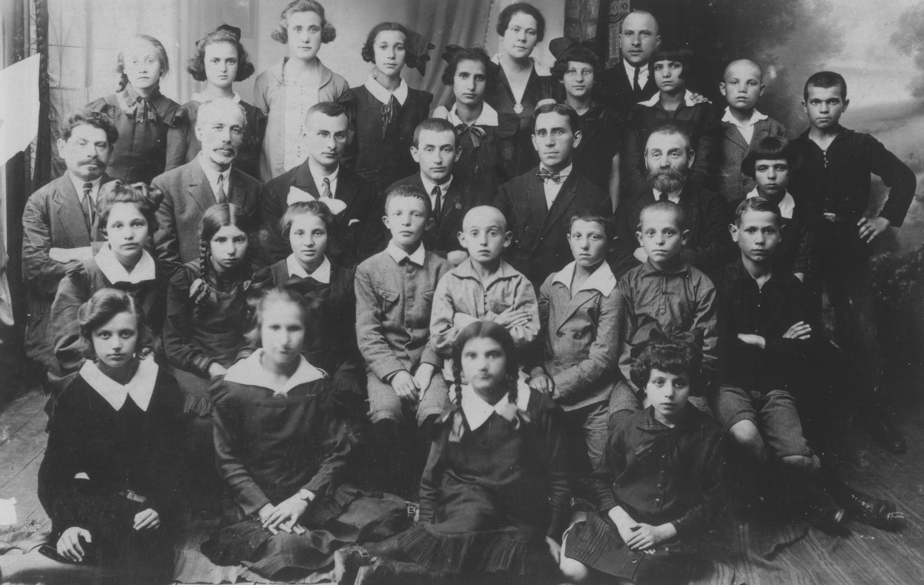 Students and teachers at the Tarbut school in Nowogrodek.