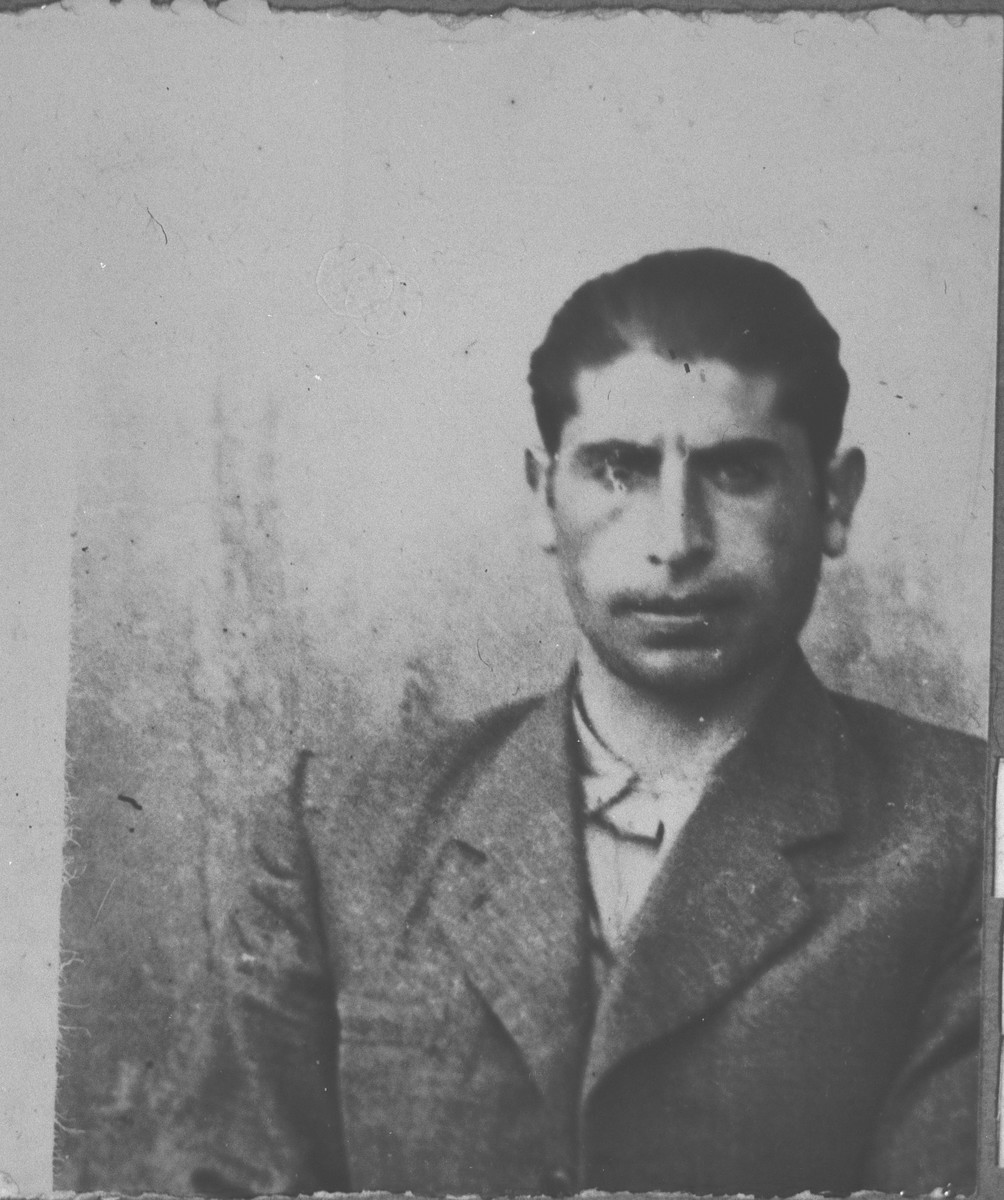 Portrait of Haim Eschkenasi, son of Sava Eschkenasi.  He was a laborer.  He lived at Karagoryeva 91 in Bitola.