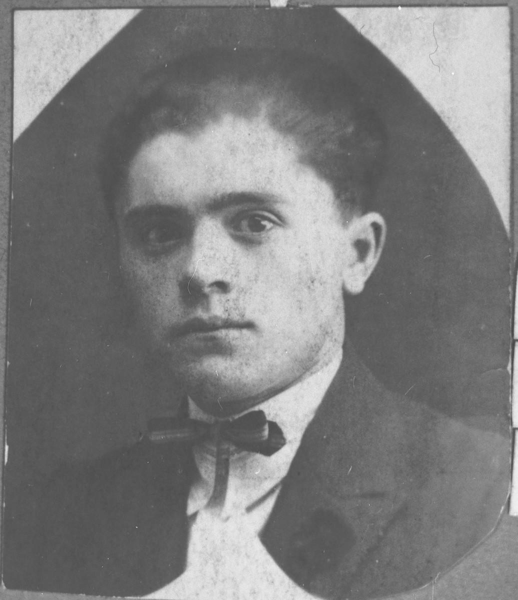 Portrait of Yosef Israel, son of Rachamin Israel.  He was a storekeeper.