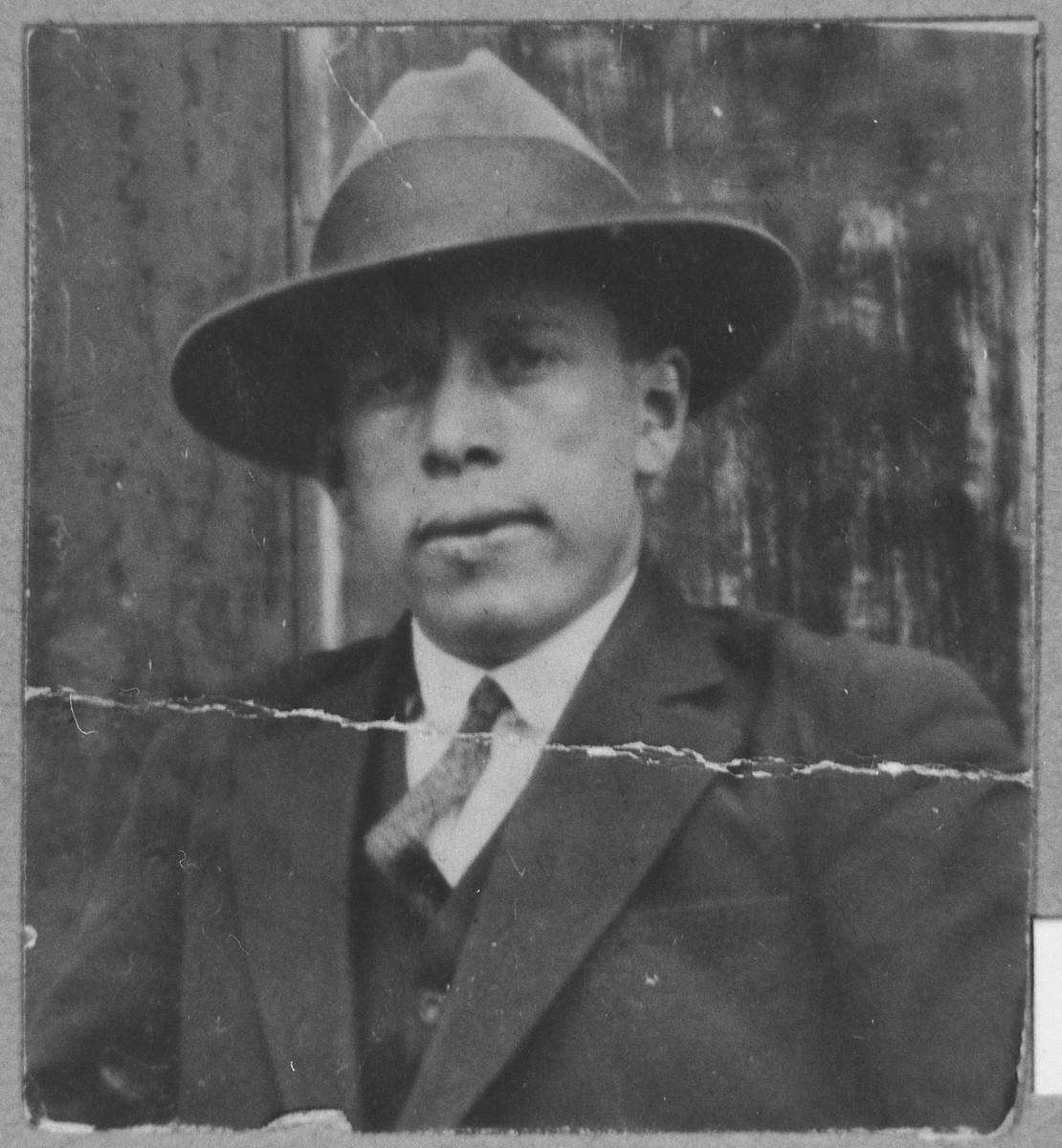 Portrait of Isak Alkuser.