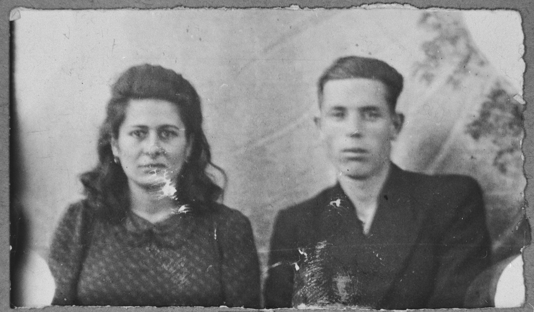 Portrait of David Albocher, son of Haim Albocher, and [his wife], Sara.  He was a greengrocer.  They lived at Kossantschitscheva 20 in Bitola.