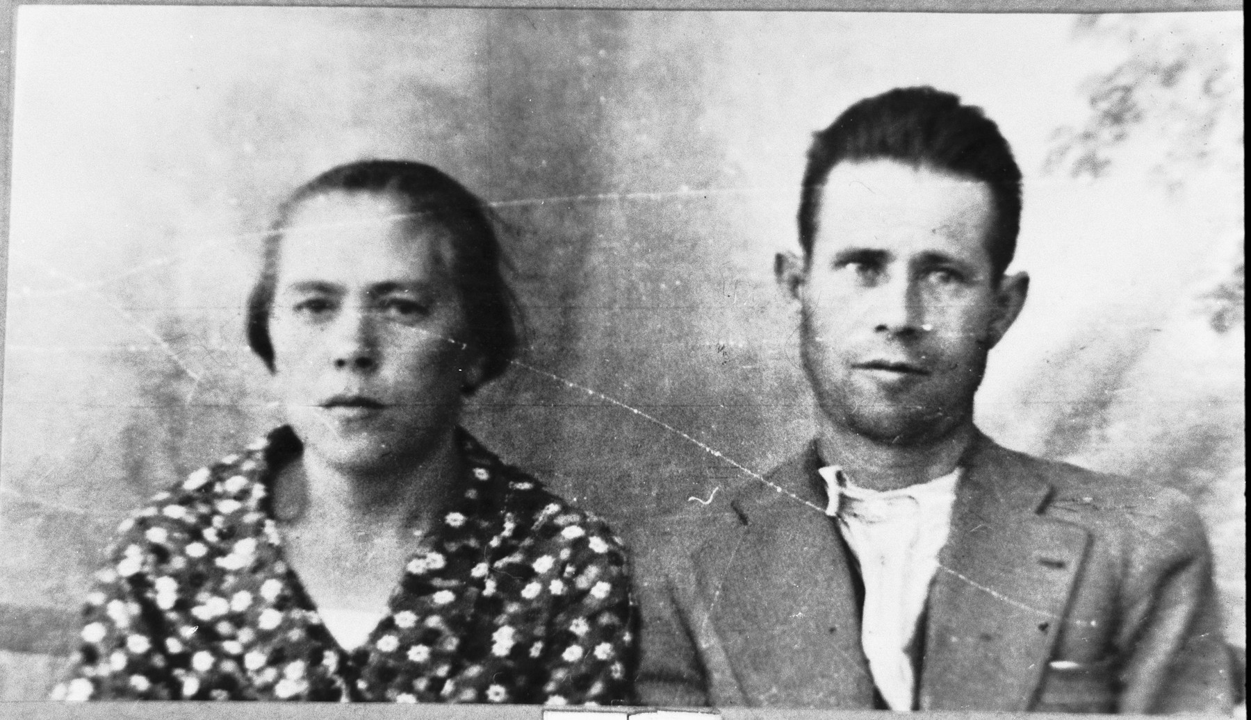 Portrait of Isak Albaranes and his wife, Ester.  He was a broommaker.  They lived at Karagoryeva 77 in Bitola.