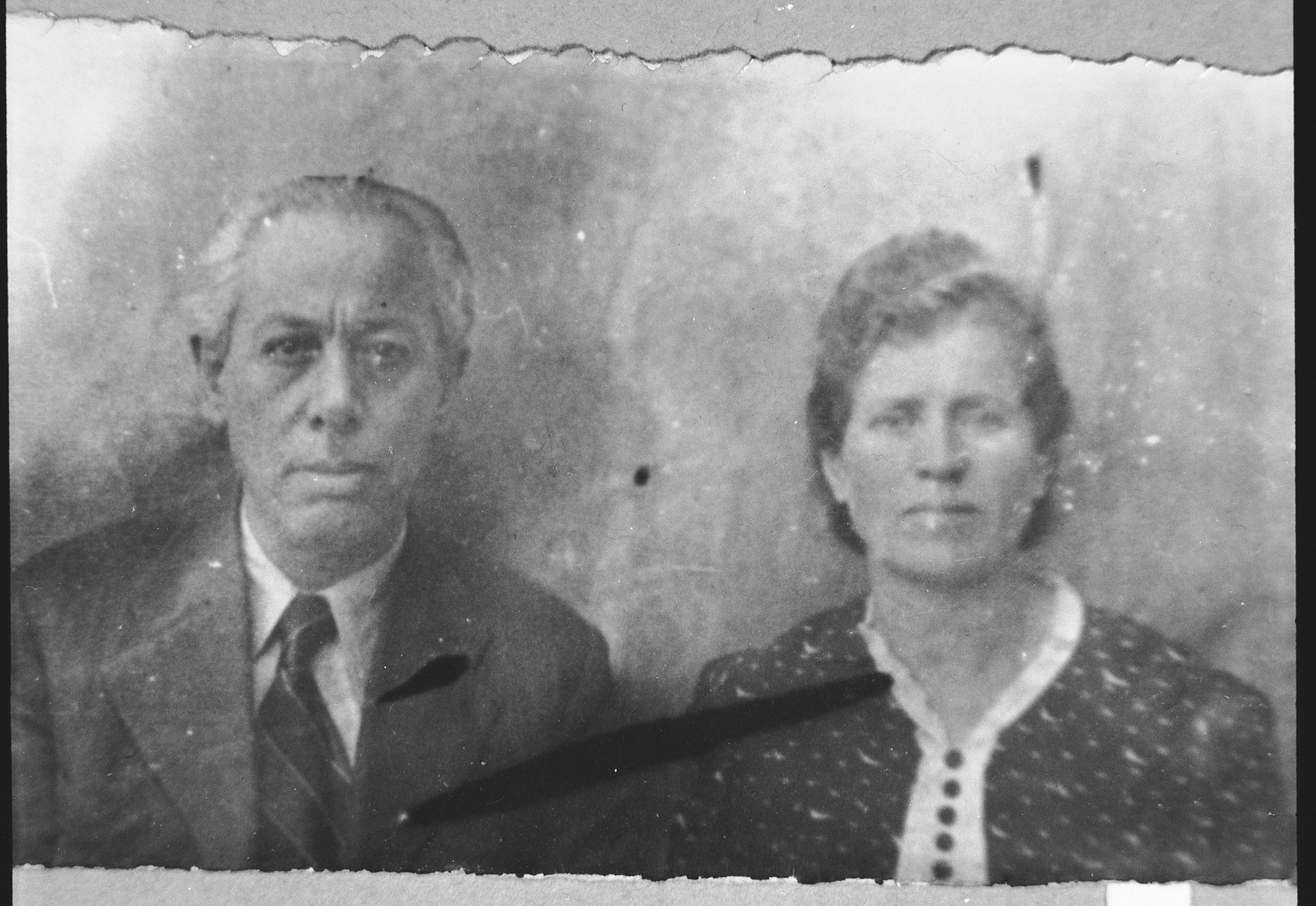 Portrait of Elieser Aladjem and his wife, Suzanna.  Elieser was a tailor.  They lived at Pashleva 7 in Bitola.