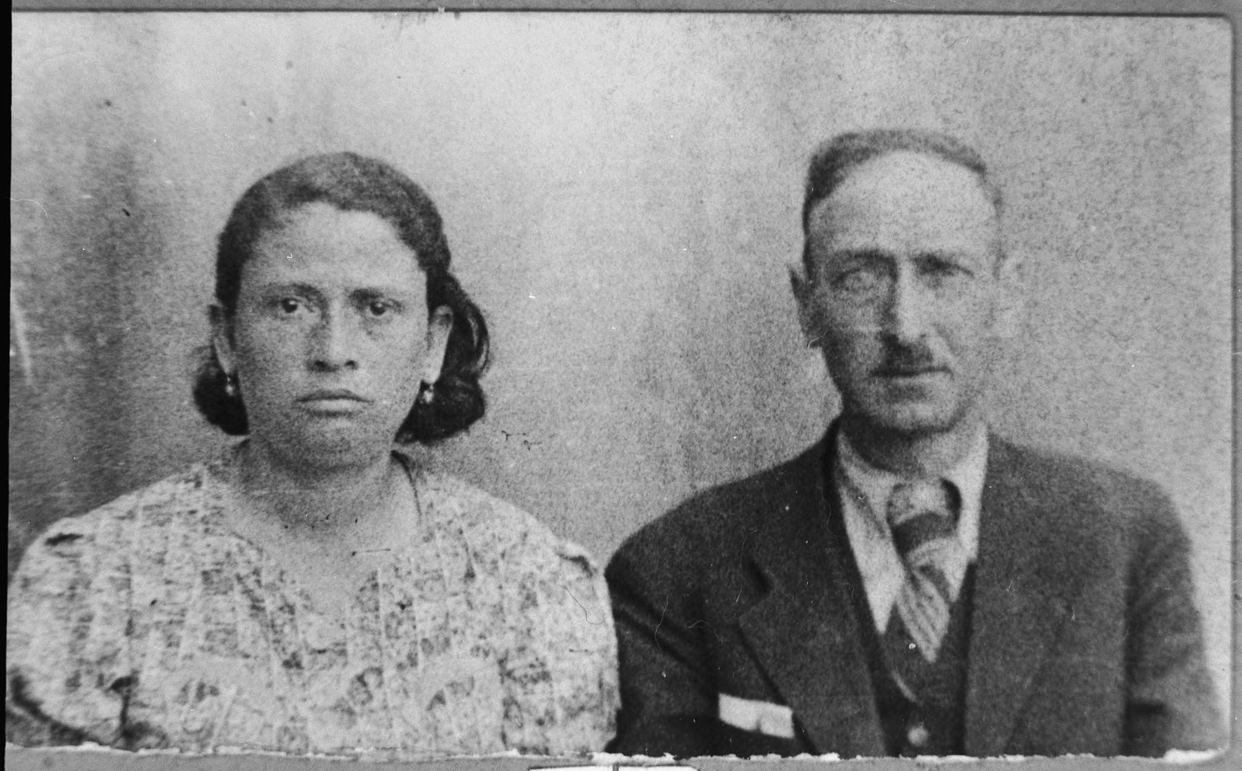 Portrait of Avram Albenda, son of Pinchas Albenda, and his wife, Rebeka.  Avram was a glazier.  They lived at Sremska 12 in Bitola.