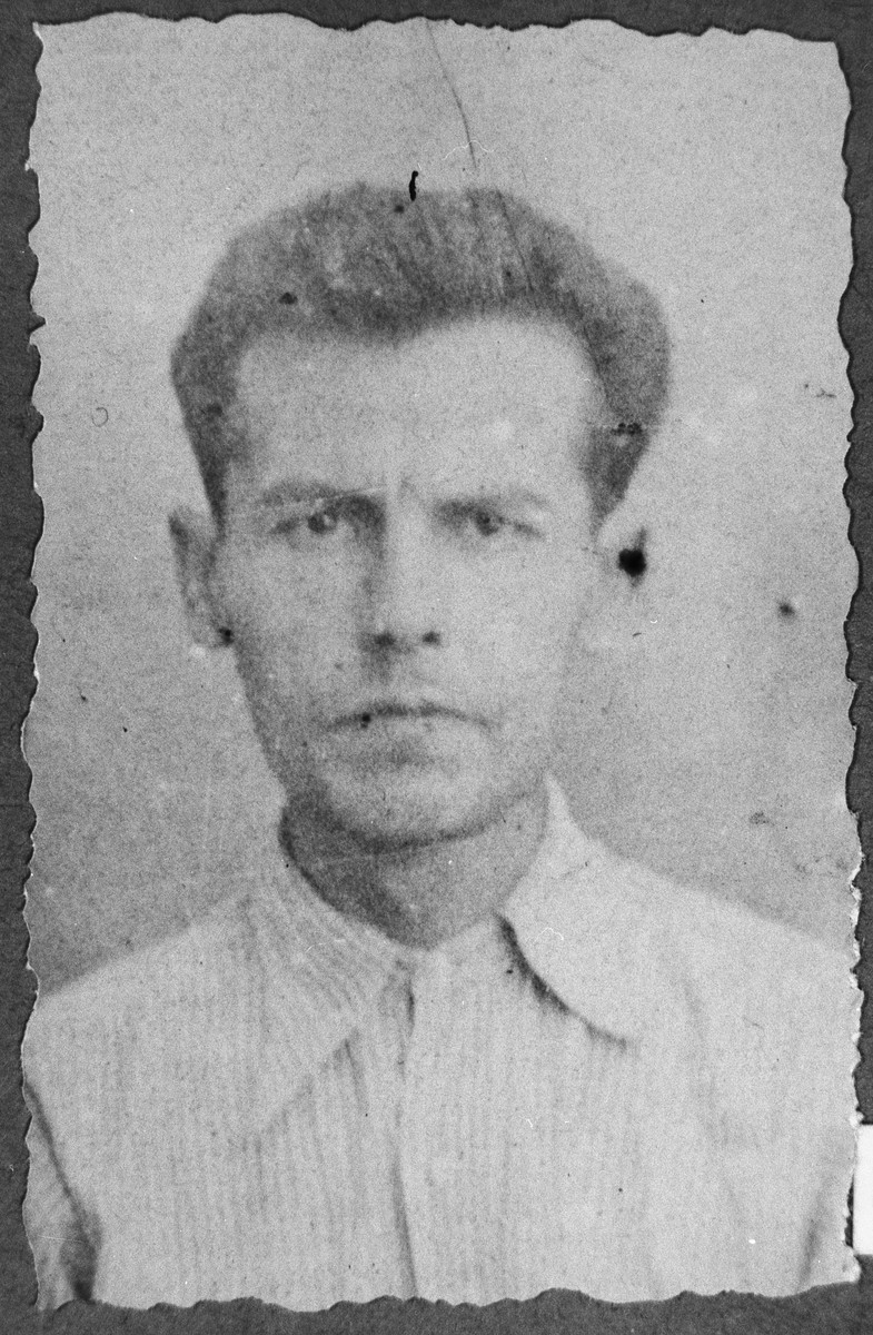Portrait of Luau Alba.  He was a greengrocer.  He lived at Kossantschitscheva 4 in Bitola.