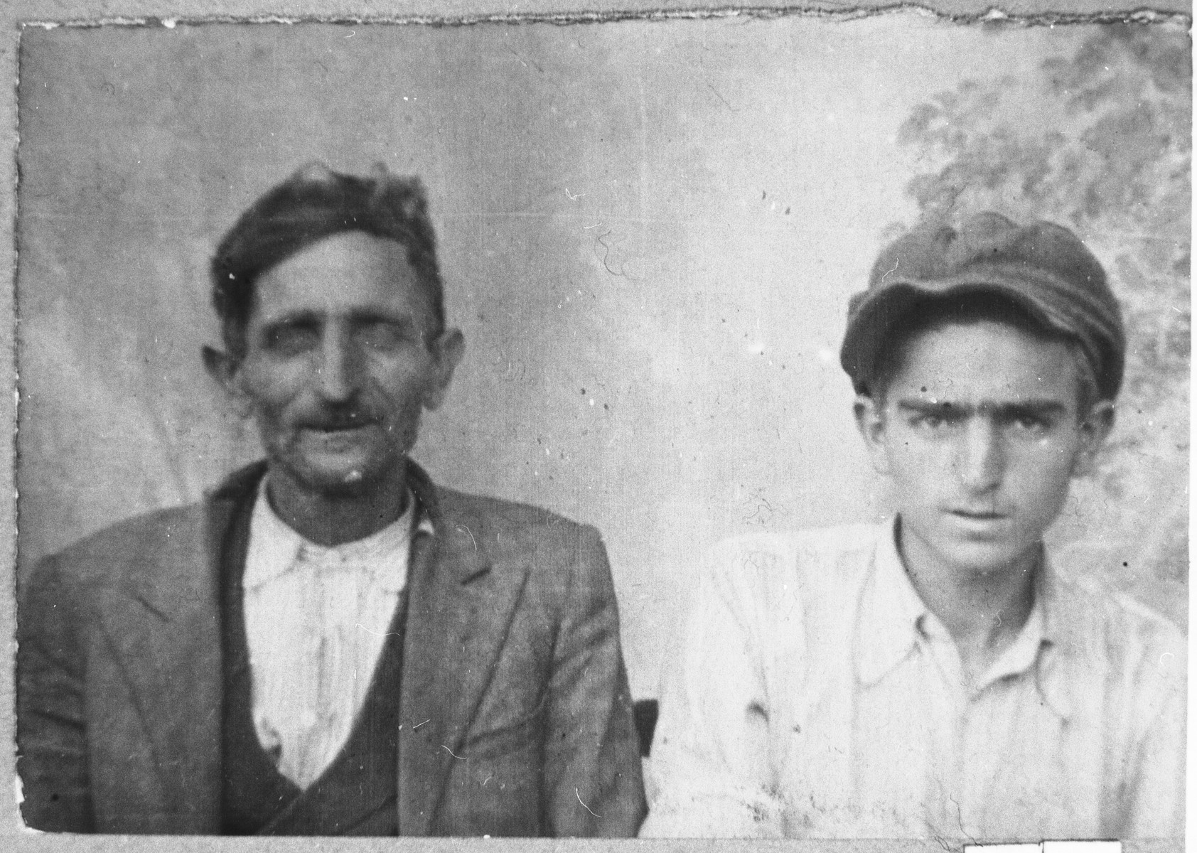 Portrait of Yakov Alba and his son, Isak.  Yakov was a second-hand dealer and Isak, a student.  They lived at Sinagogina 13 in Bitola.