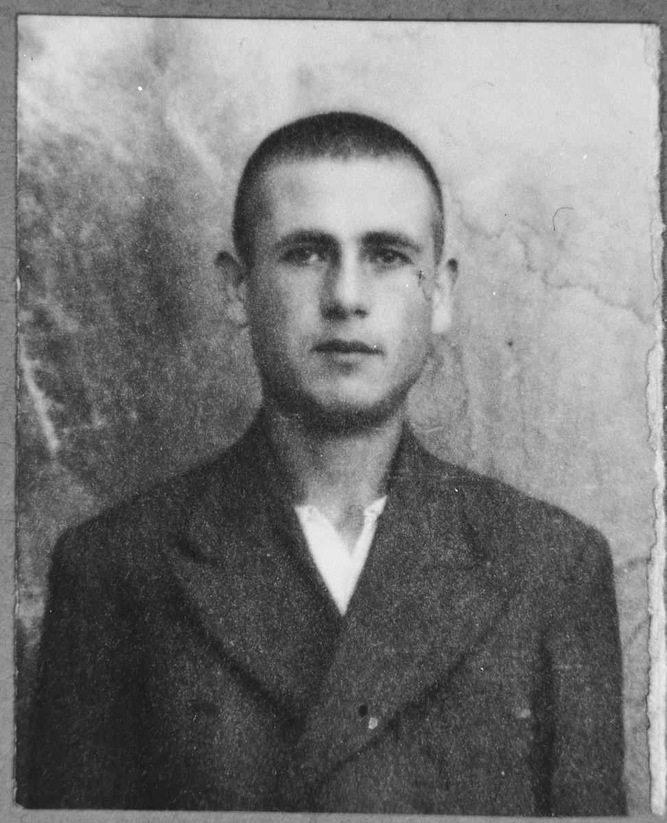 Portrait of Jak Albala, son of Benveniste Albala.  He lived at Alimaka 6 in Bitola.