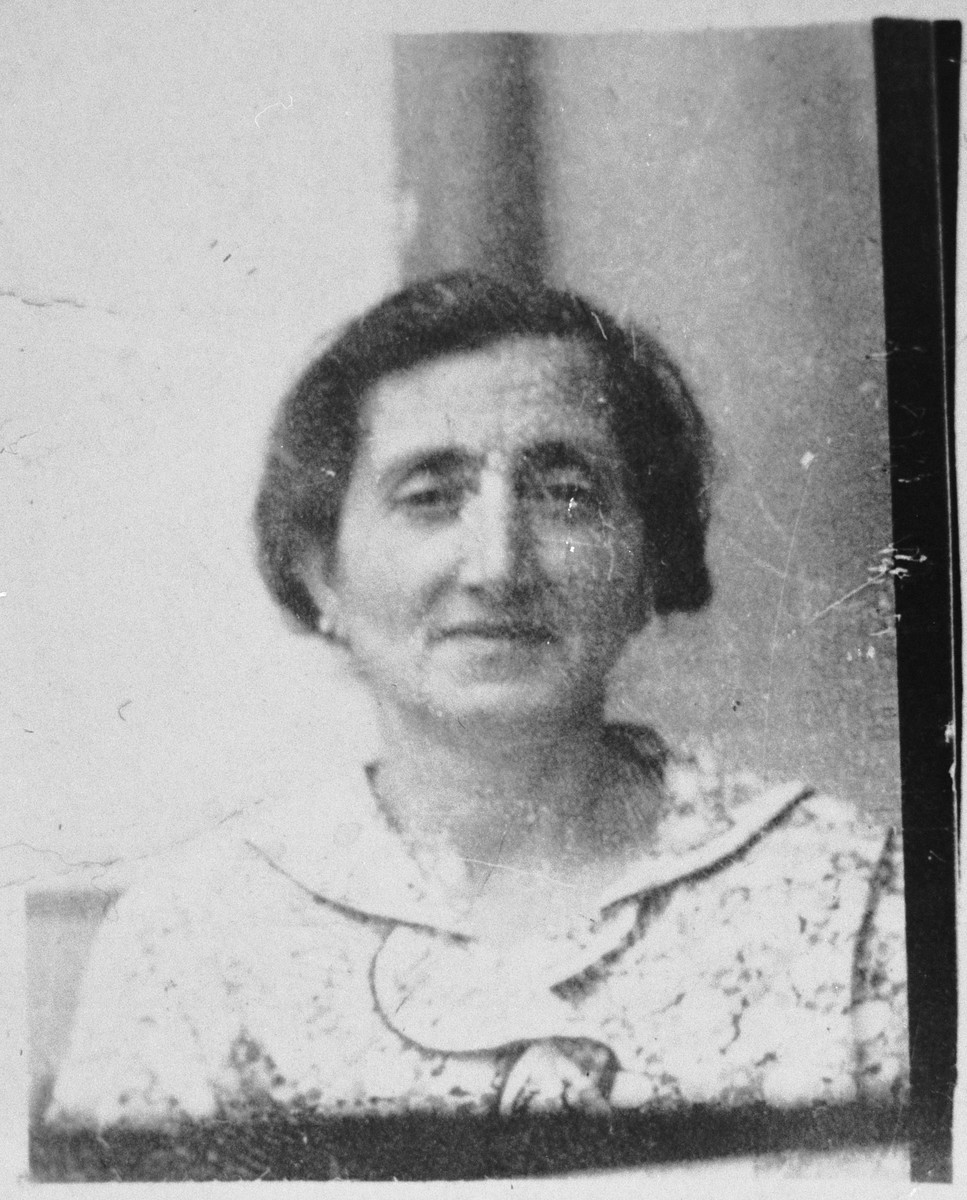 Portrait of Rikula Shami, wife of Rachamin Shami.  She lived at Dr. Raisa 136 in Bitola.