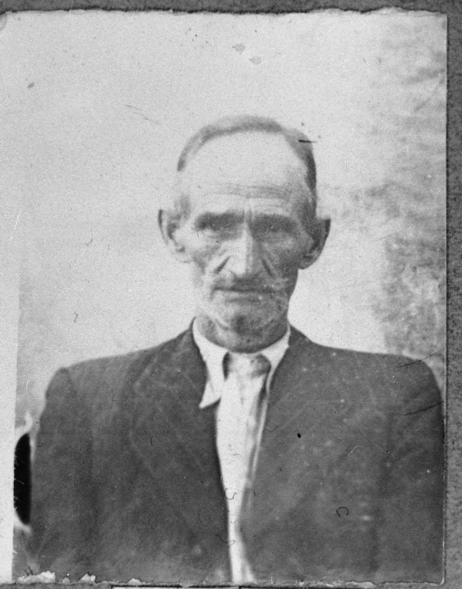 Portrait of Samuel Honen.  He lived at Orizarska 8 in Bitola.