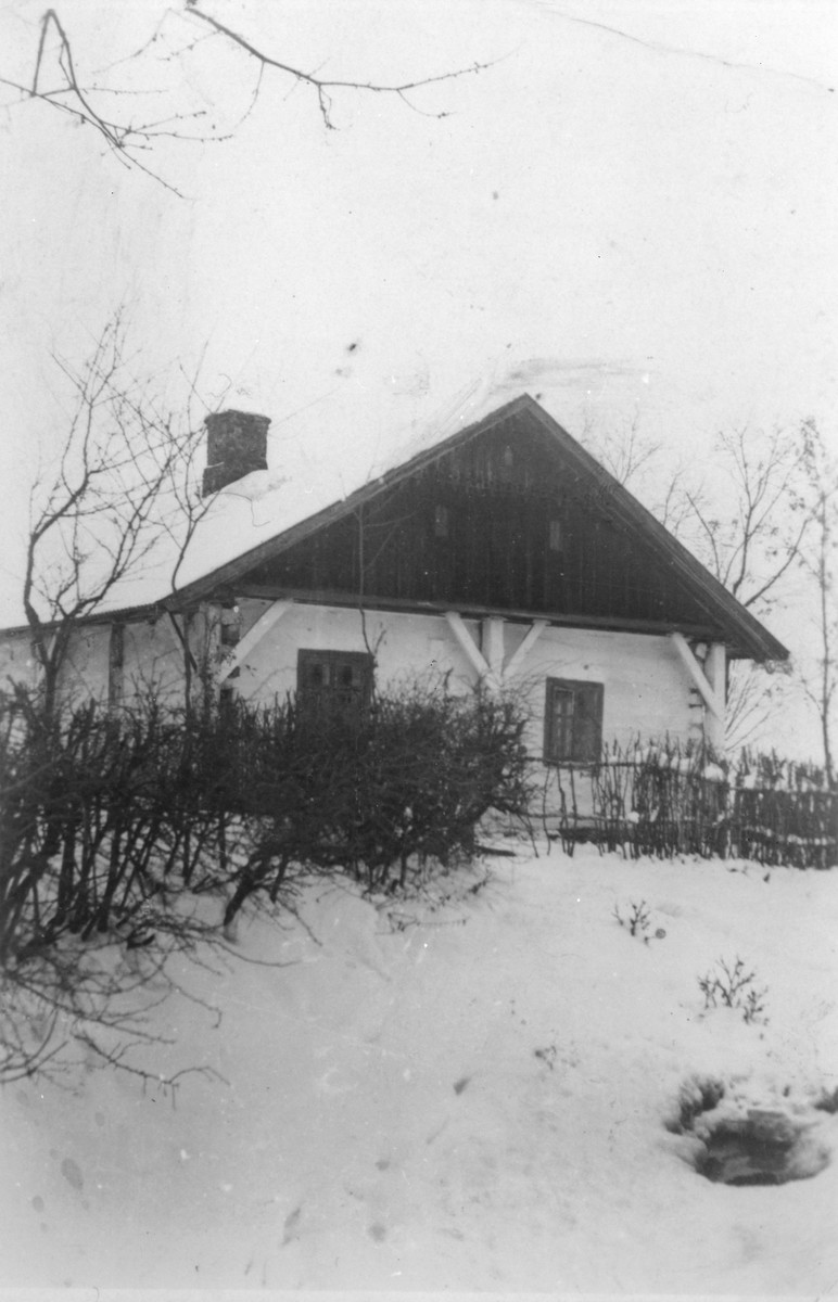 View of the house that belonged to Polish rescuer Jozefa Dudek, in which Basia Gurfein, her sister Sheila, and her nephew Itzhak Gersten hid for 20 months during the German occupation of Poland.