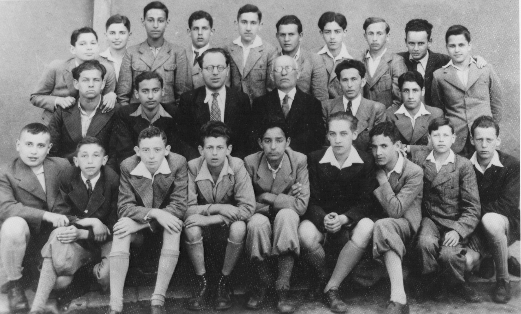 Boys class in the Real Gymnasium, Kovno's first Hebrew high school.    Mordecai Birger is third from the left on the top row.