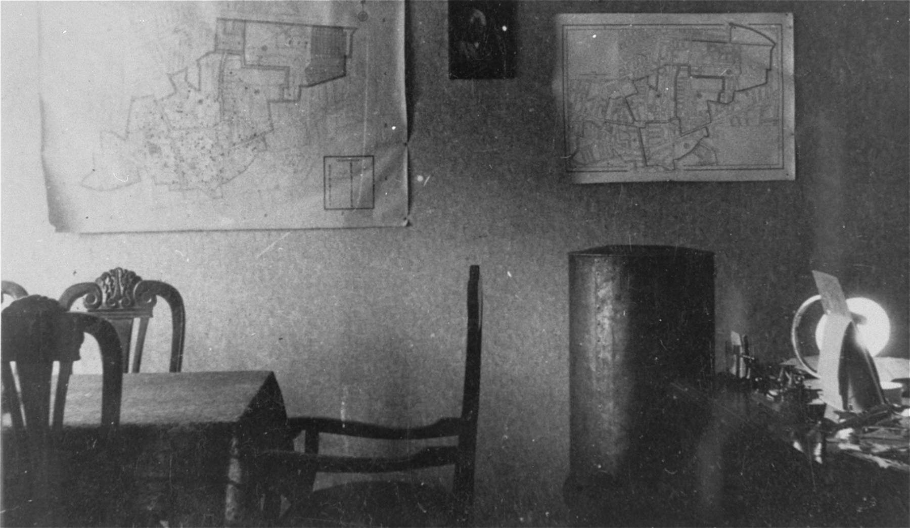 The office of Leon Rozenblat, chief of the Lodz ghetto police.