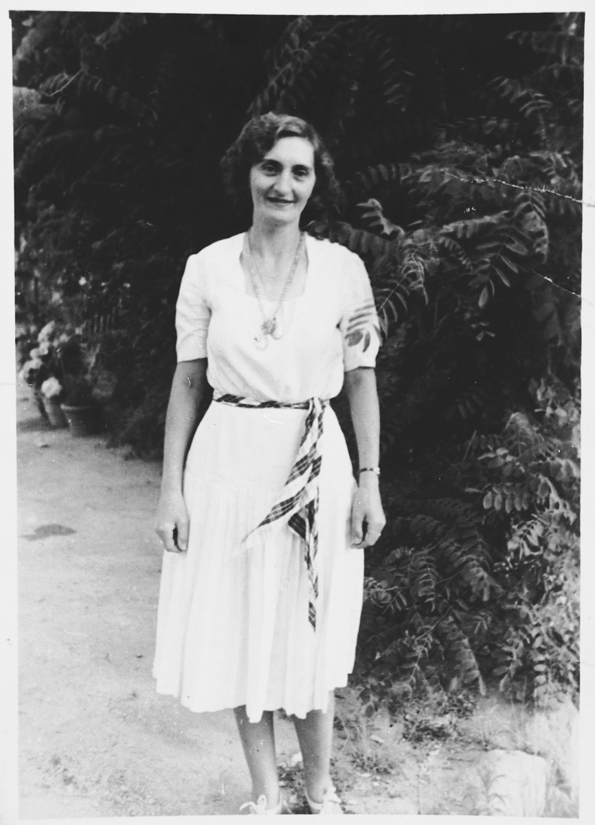 Portrait of Vanda Abenaim Pacifici taken two months prior to her arrest.  She was captured on November 26 and killed upon arrival at Auschwitz.