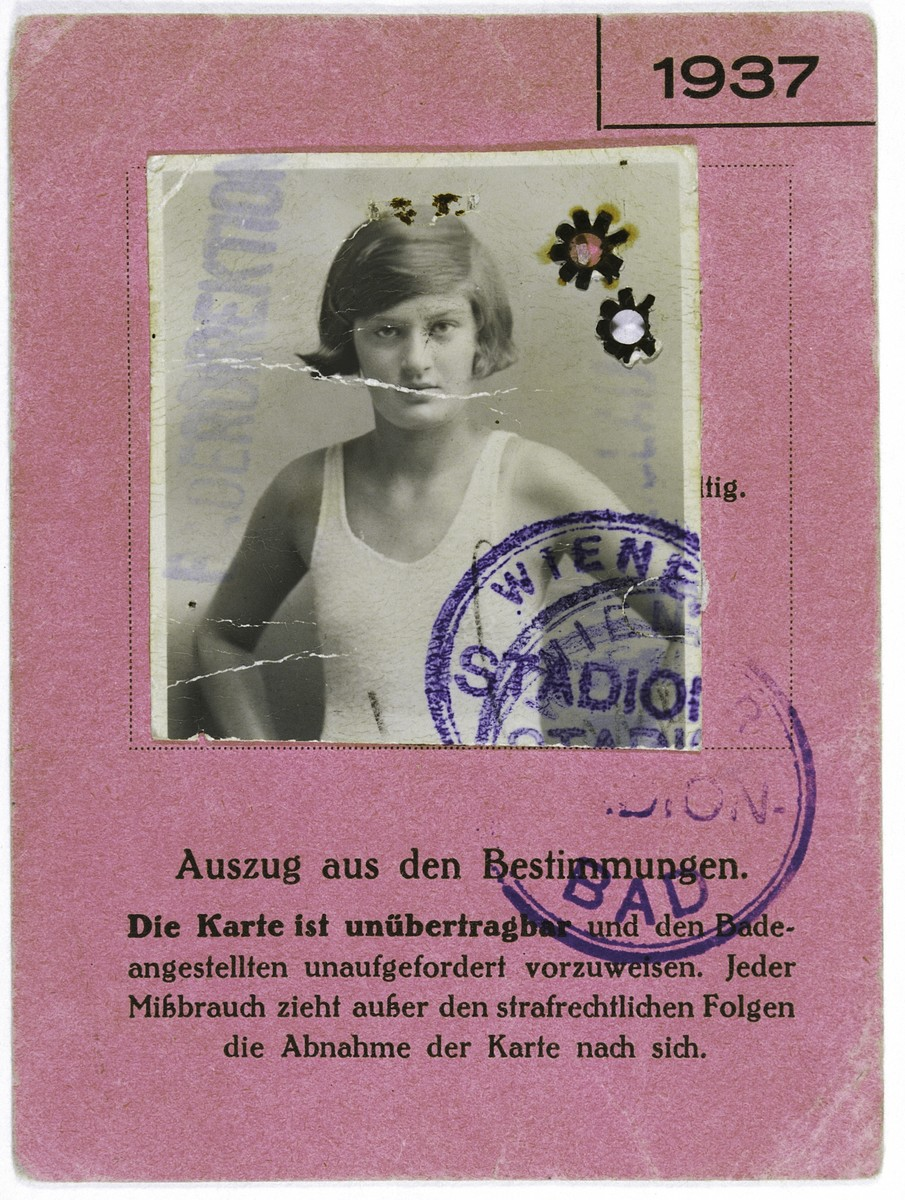 Swimming pool membership card belonging to Ruth Langer.