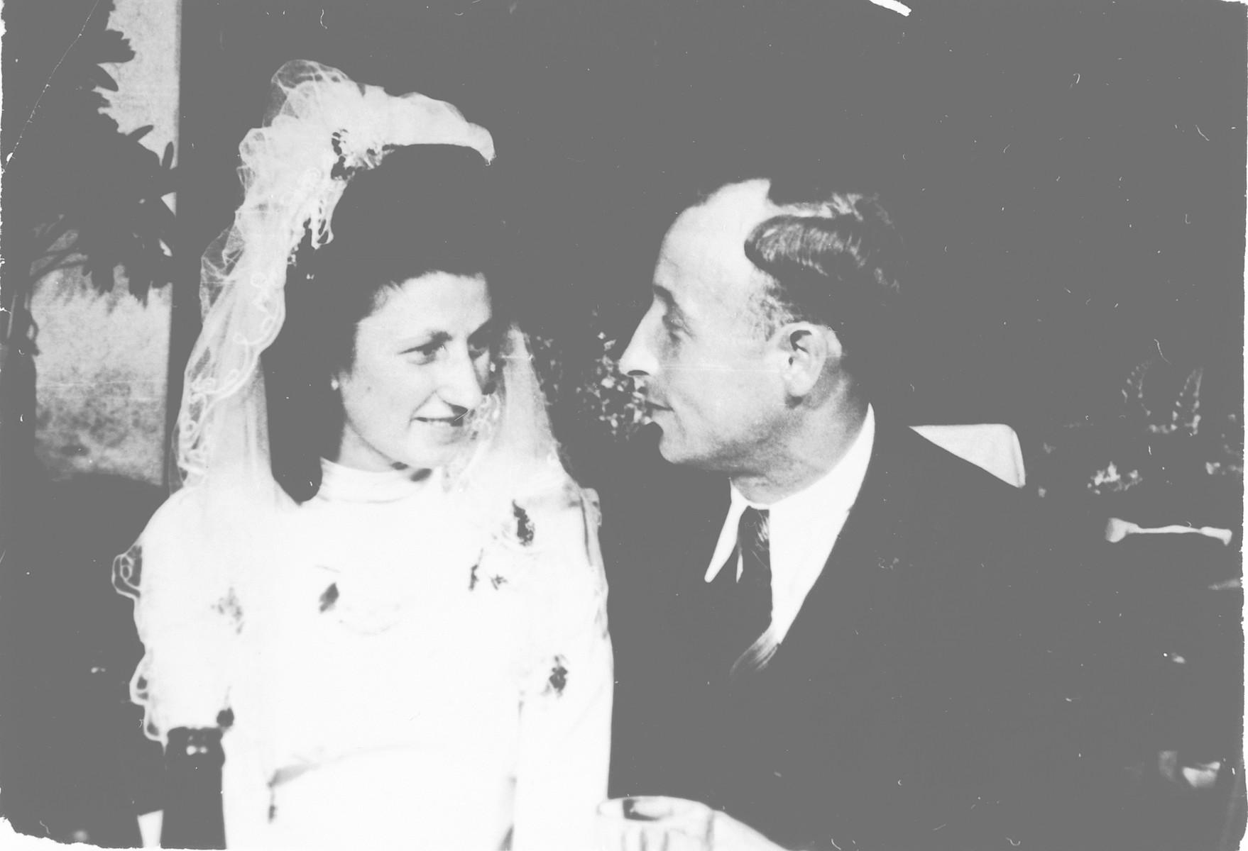 Wedding portrait of Max and Sala Grinblatt (maiden name, Kuperberg).
