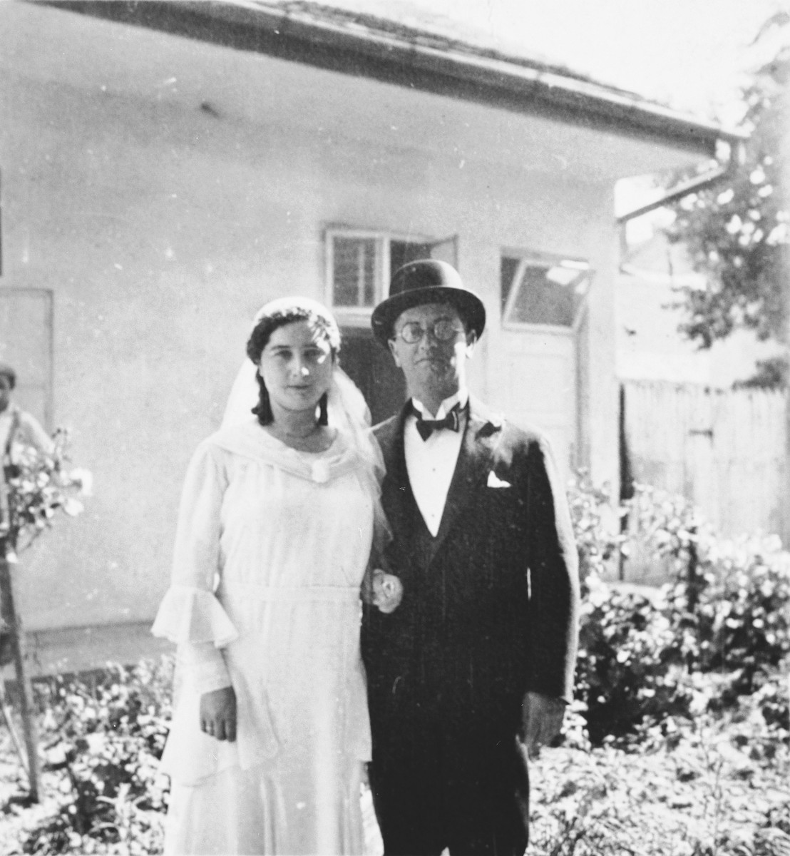 Wedding portrait of Jozsa and Zoltan Taubner.