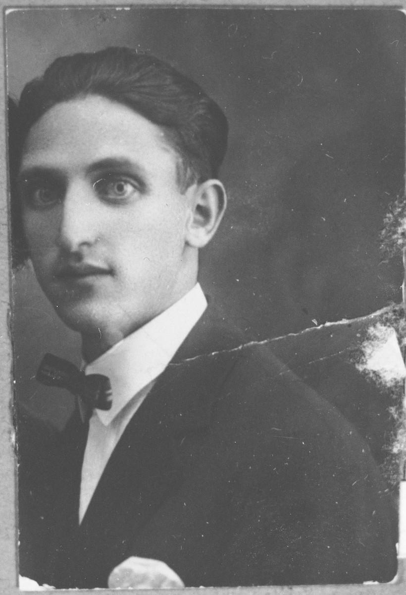 Portrait of Moshe Kalderon.