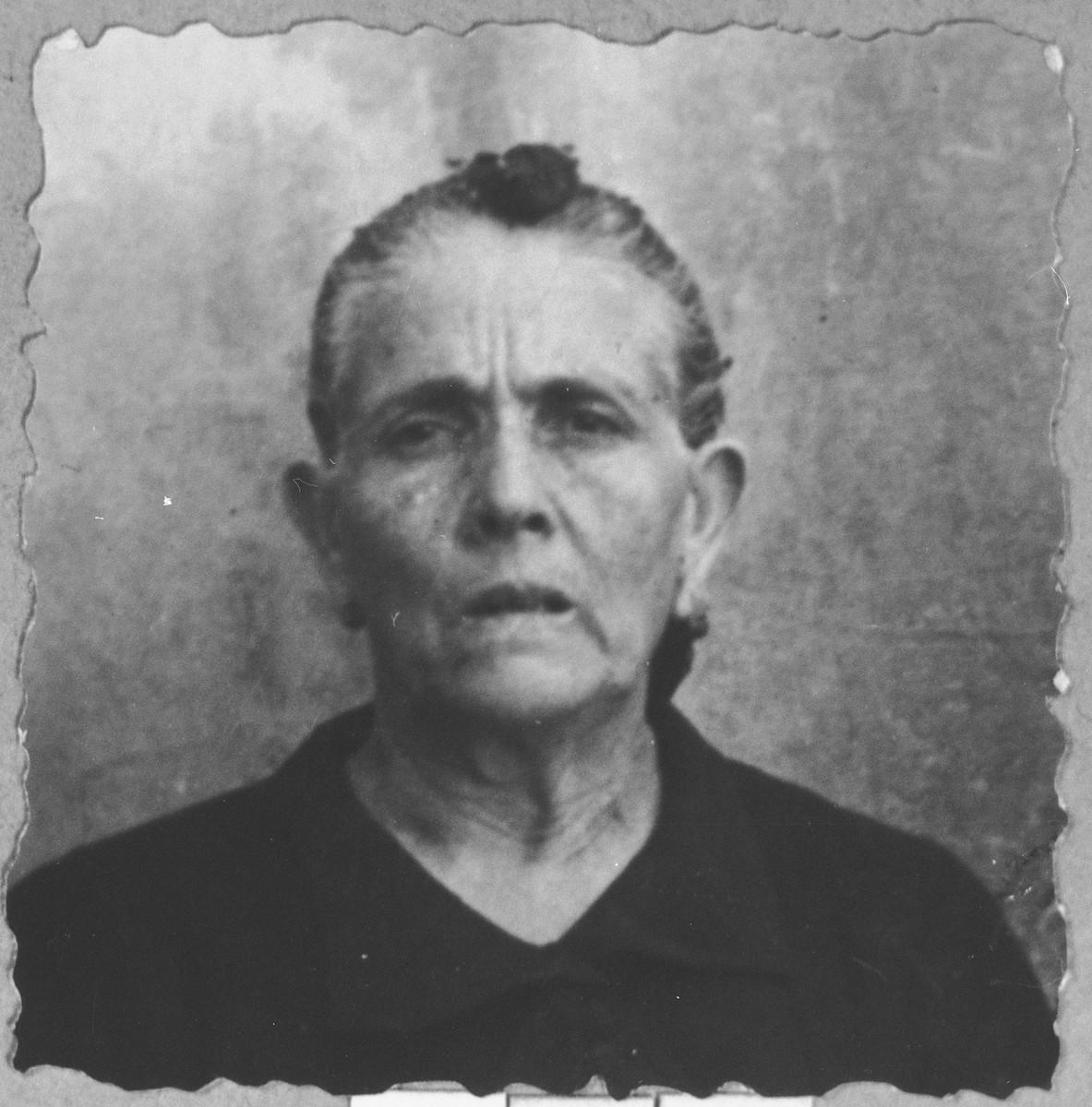 Portrait of Luna Kalderon, wife of Mushon Kaleron.  She lived at Dalmatinska 65 in Bitola.