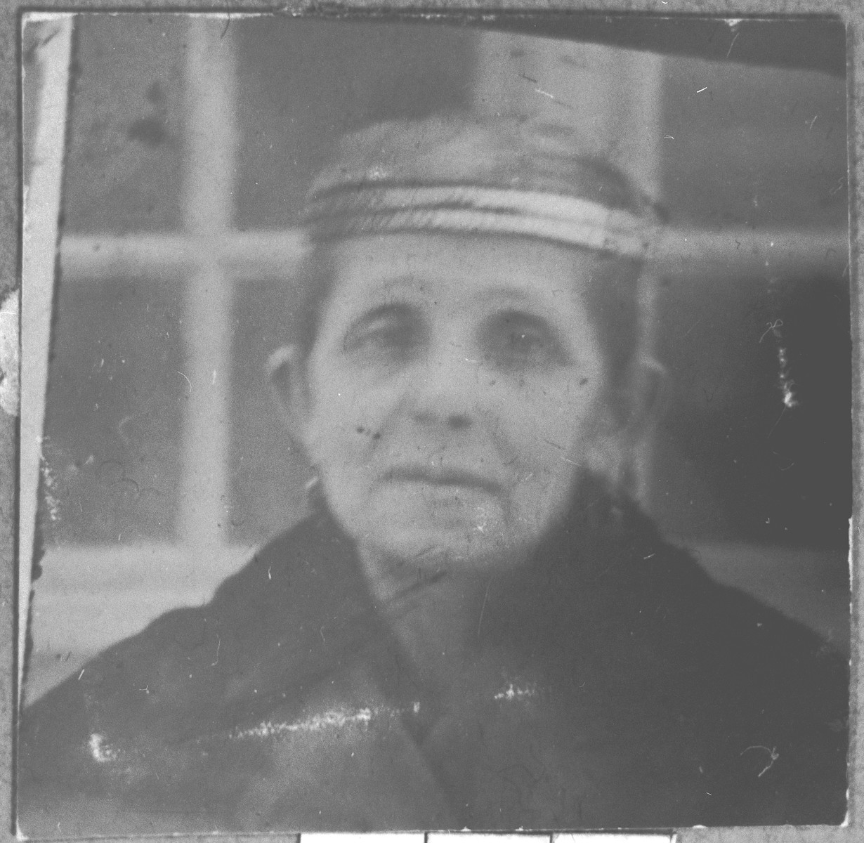 Portrait of Yafa Kalderon.  She lived at Orizarska 9 in Bitola.