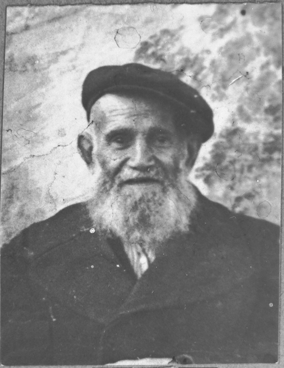Portrait of David Pesso.  He was a second-hand dealer.  He lived at Novatska 4 in Bitola.