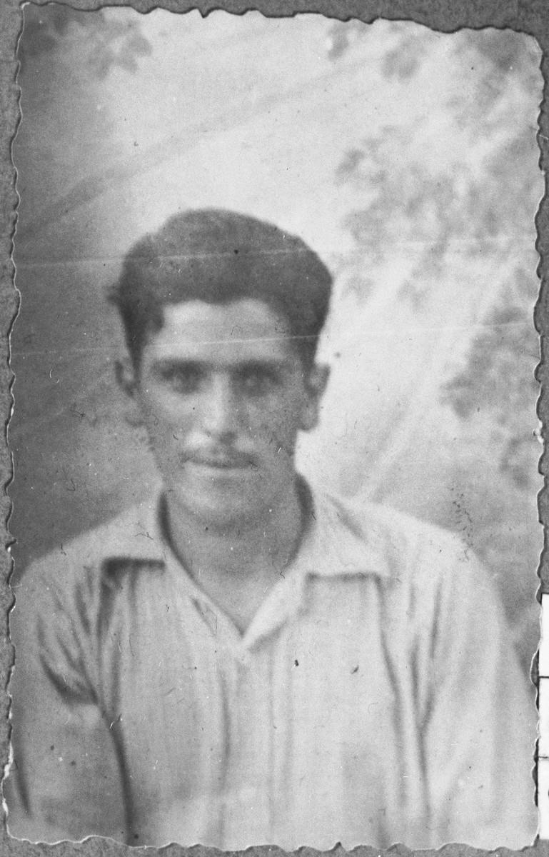 Portrait of Gabriel Kalderon, son of Solomon Kalderon.  He was a carter.  He lived at Gostivarska 6 in Bitola.