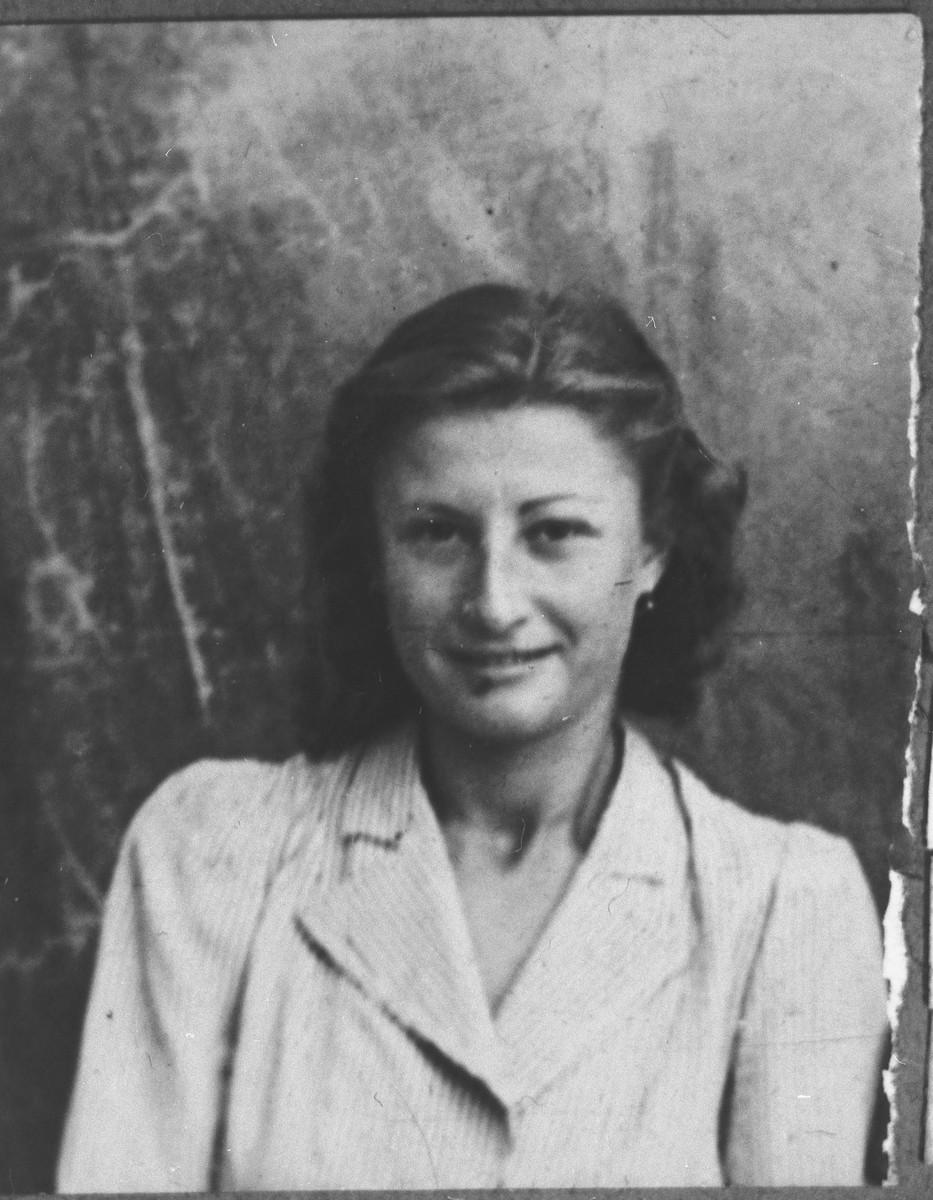 Portrait of Mariya Kalderon, [daughter of Simaya Kalderon].  She lived at Drinska 83 in Bitola.