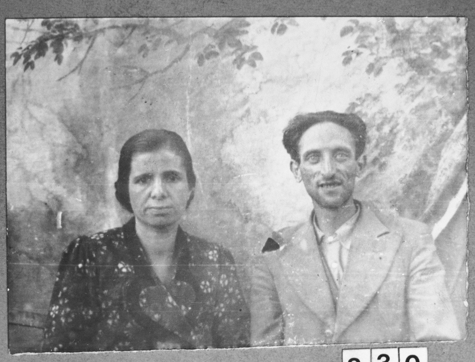 Portrait of Mois Kalderon, son of Samuel Kalderon, and Mois' wife Ana.  They lived at Zmayeva 17 in Bitola.