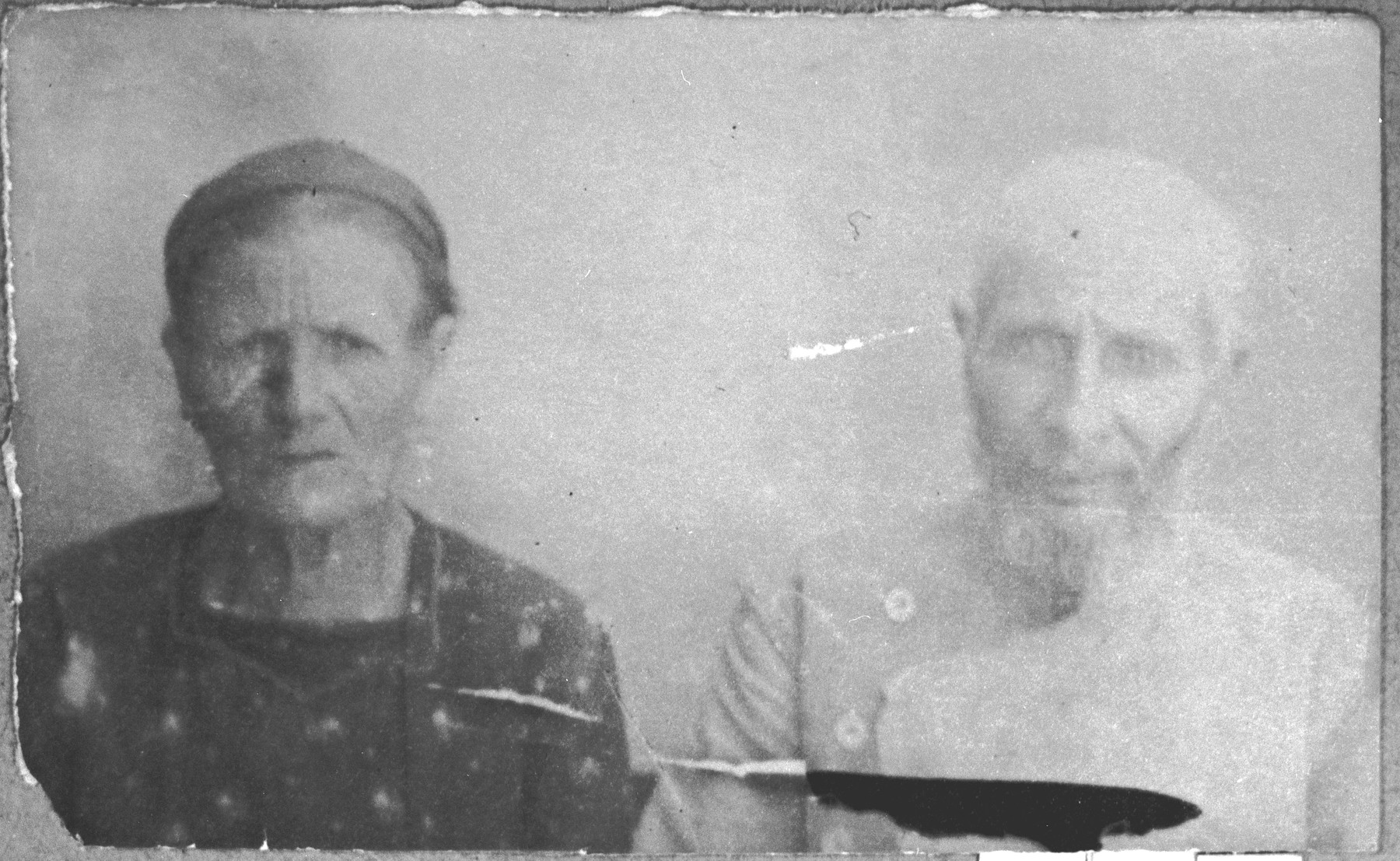Portrait of Aron Kamchi and his wife, Buena.  They lived at Synagogina 2 in Bitola.