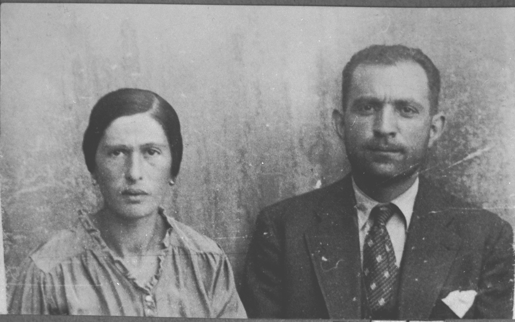 Portrait of Isak Kamchi and his wife Arnesta.  Isak was a butcher and Arnesta, a milkwoman.  They lived at Krstitsa 3 in Bitola.