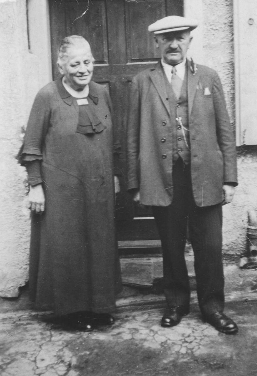 Portrait of Henriette Gerson and Gustav Gerson.