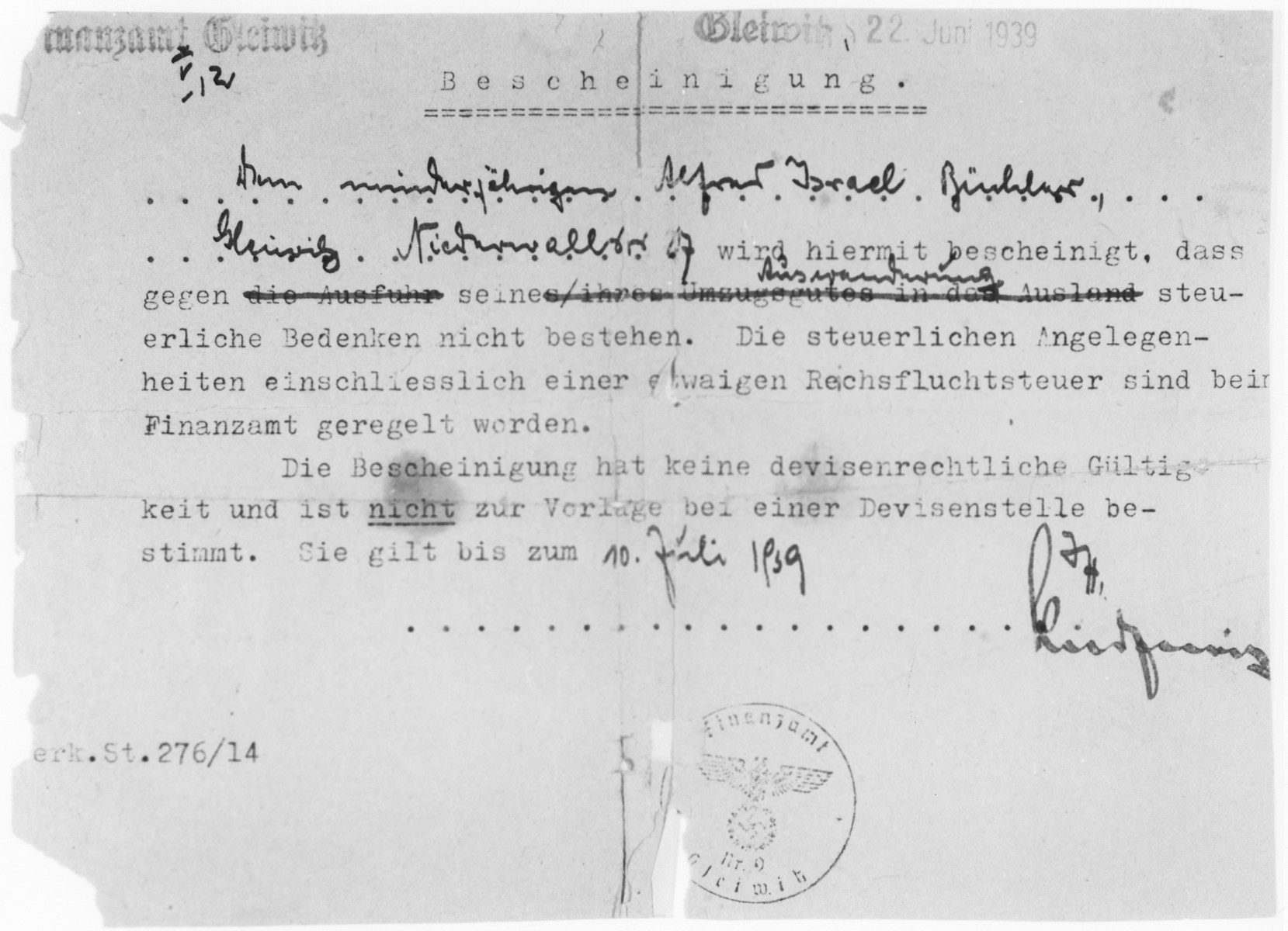 Document stating that Alfred Büchler is free to emigrate and does not owe any back taxes.  The document was issued on June 22 and was valid until July 10, 1939.