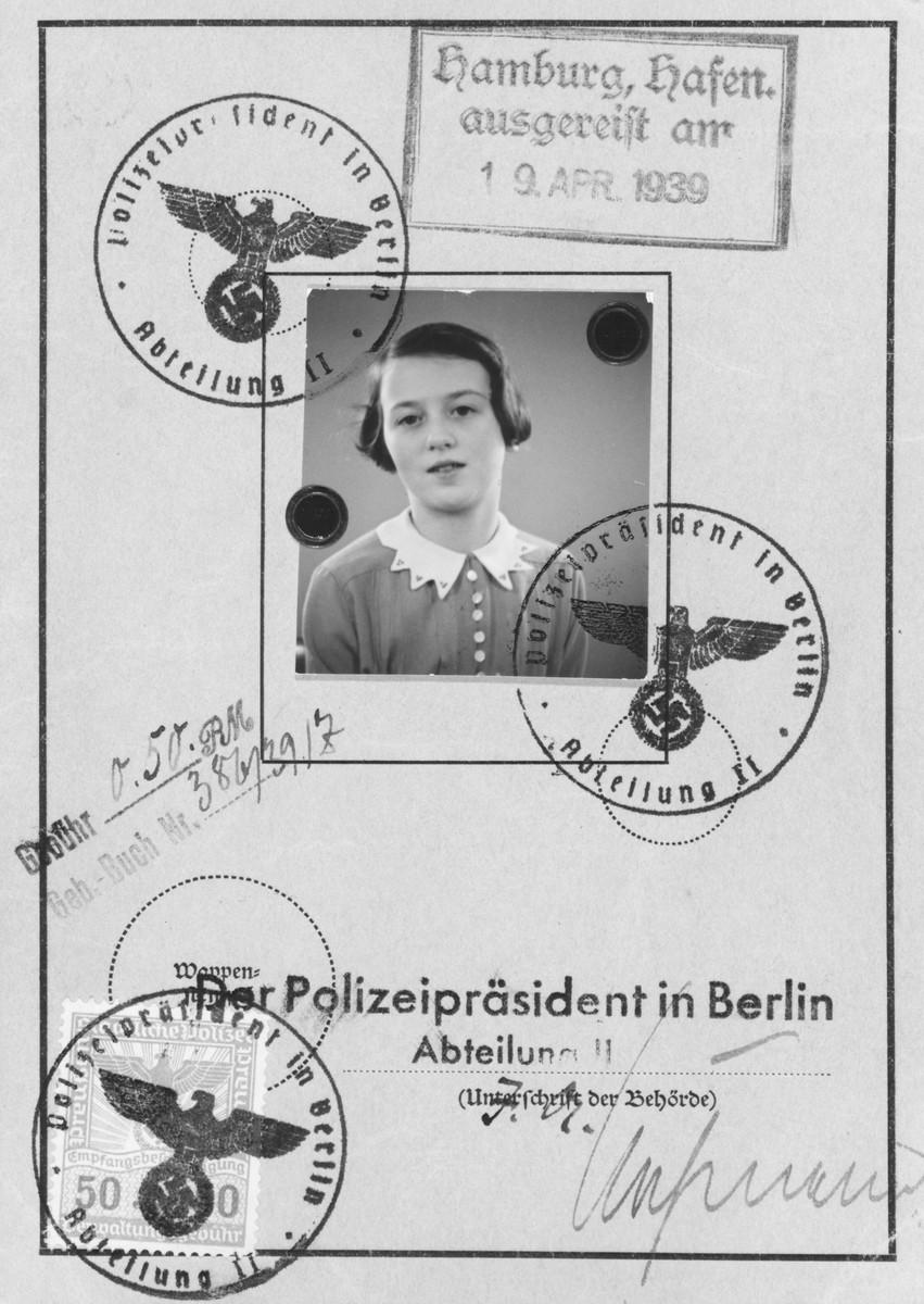 Child's passport of Ellen Markiewicz.