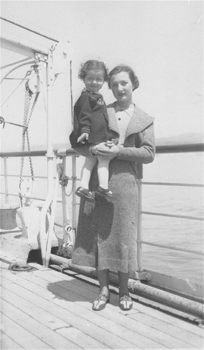 Ruth Kohn poses with her daughter Rina  on board a ship en route to Palestine having left from Prague.