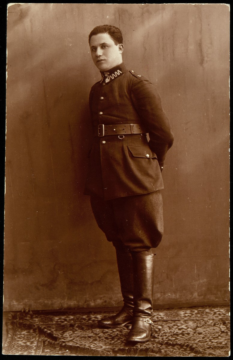 Benyamin Kabacznik, a Polish patriot poses for a formal portrait in his officer's uniform.  Though he had been an officer in the Polish army, he was murdered by members of the Polish Home Army on February 20, 1944, with his wife, son, ten other Jews, and Aneza Bikewiczowa, the righteous Polish woman who hid them in a pit on her farm.