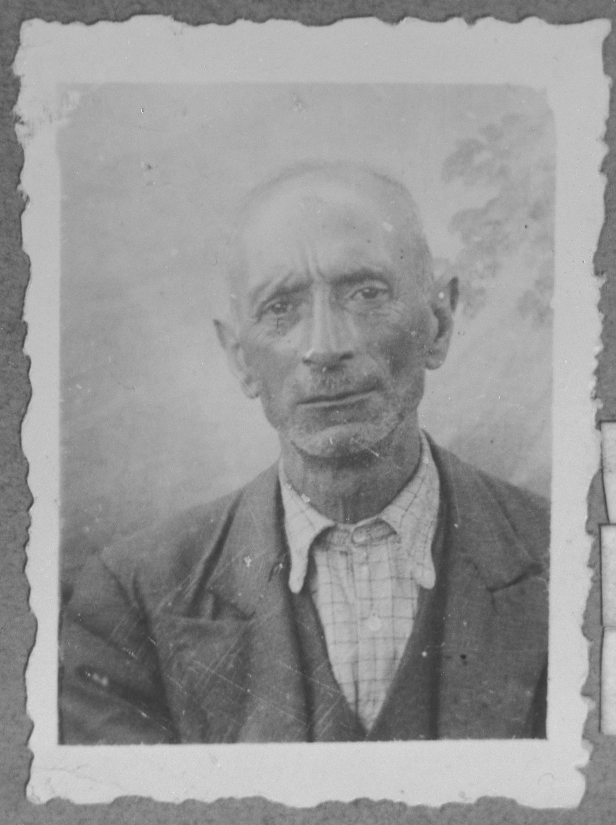 Portrait of Bohor Testa.  He was a second-hand dealer.  He lived at Gostivarska 4 in Bitola.
