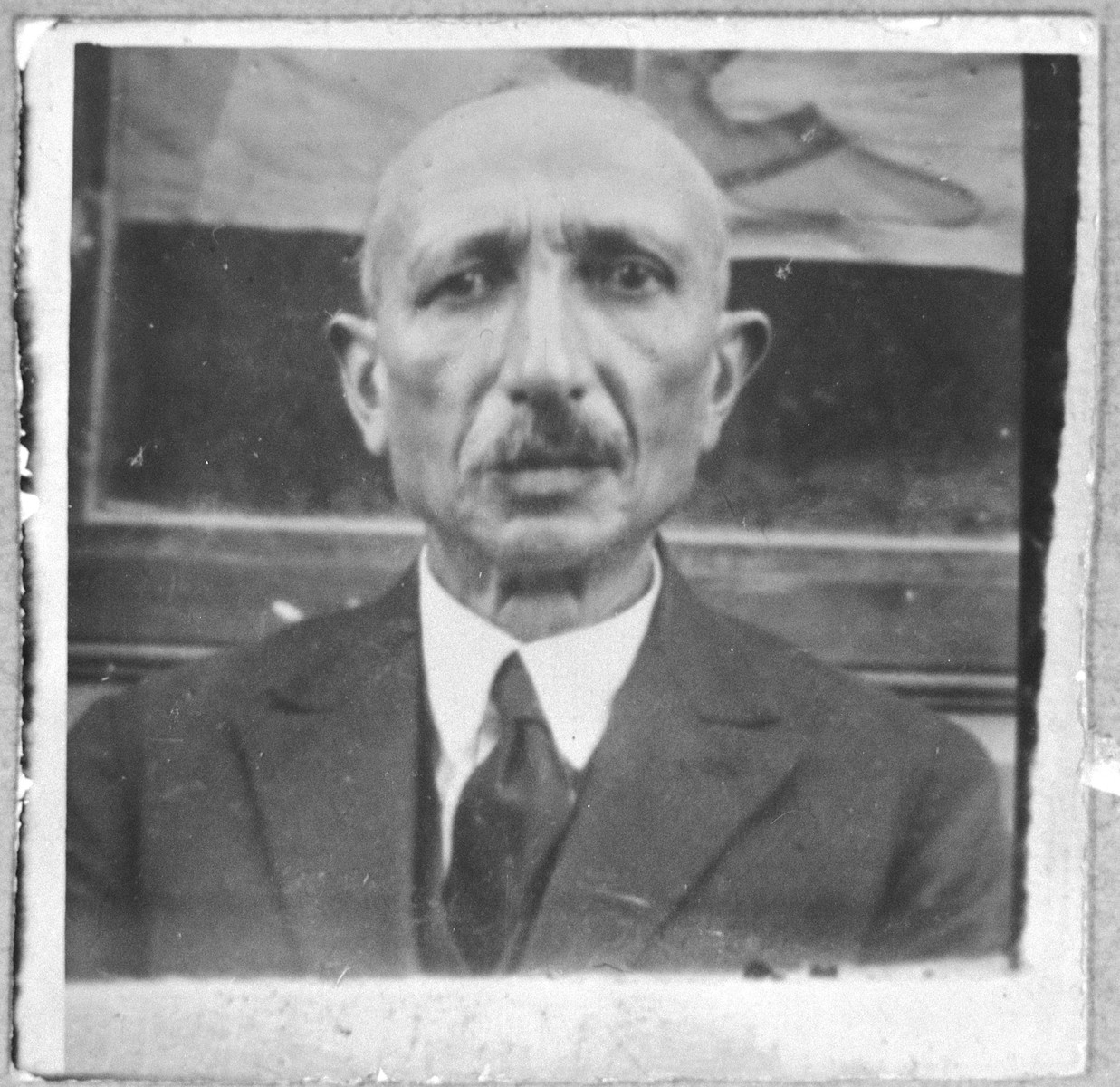 Portrait of Mushon Testa.  He was a clerk.  He lived at Ferisovatska 24a in Bitola.