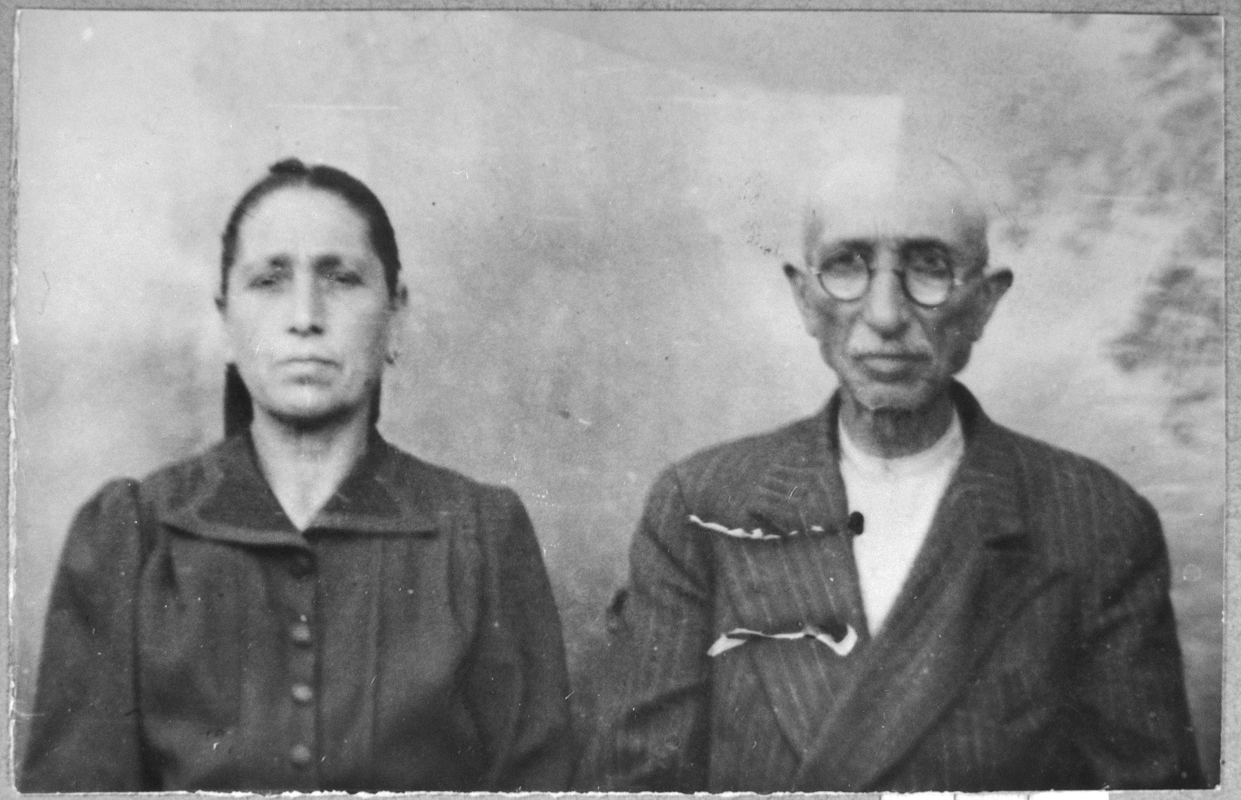 Portrait of Mushon Testa and his wife, Sol.  Mushon was a clerk.  They lived at Ferisovatska 24a in Bitola.
