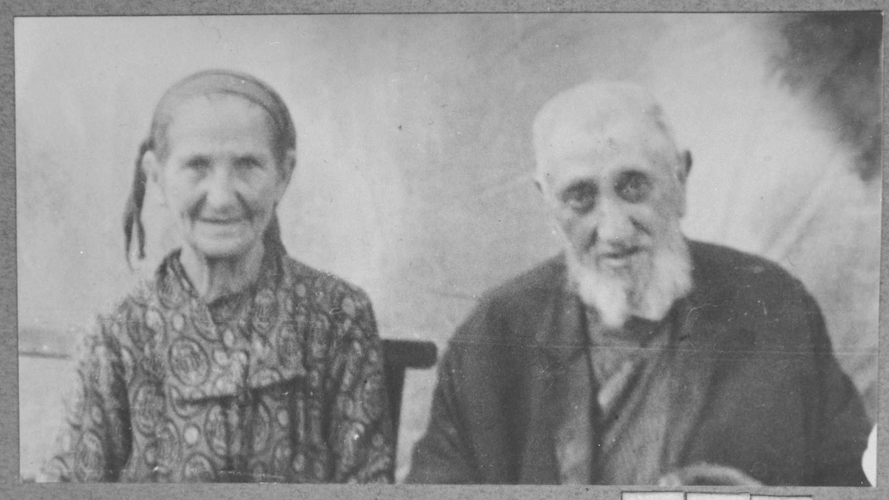 Portrait of Yeuda Testa and his wife, Palomba.  Yeuda was a taverner.  They lived at Karagoryeva 107 in Bitola.