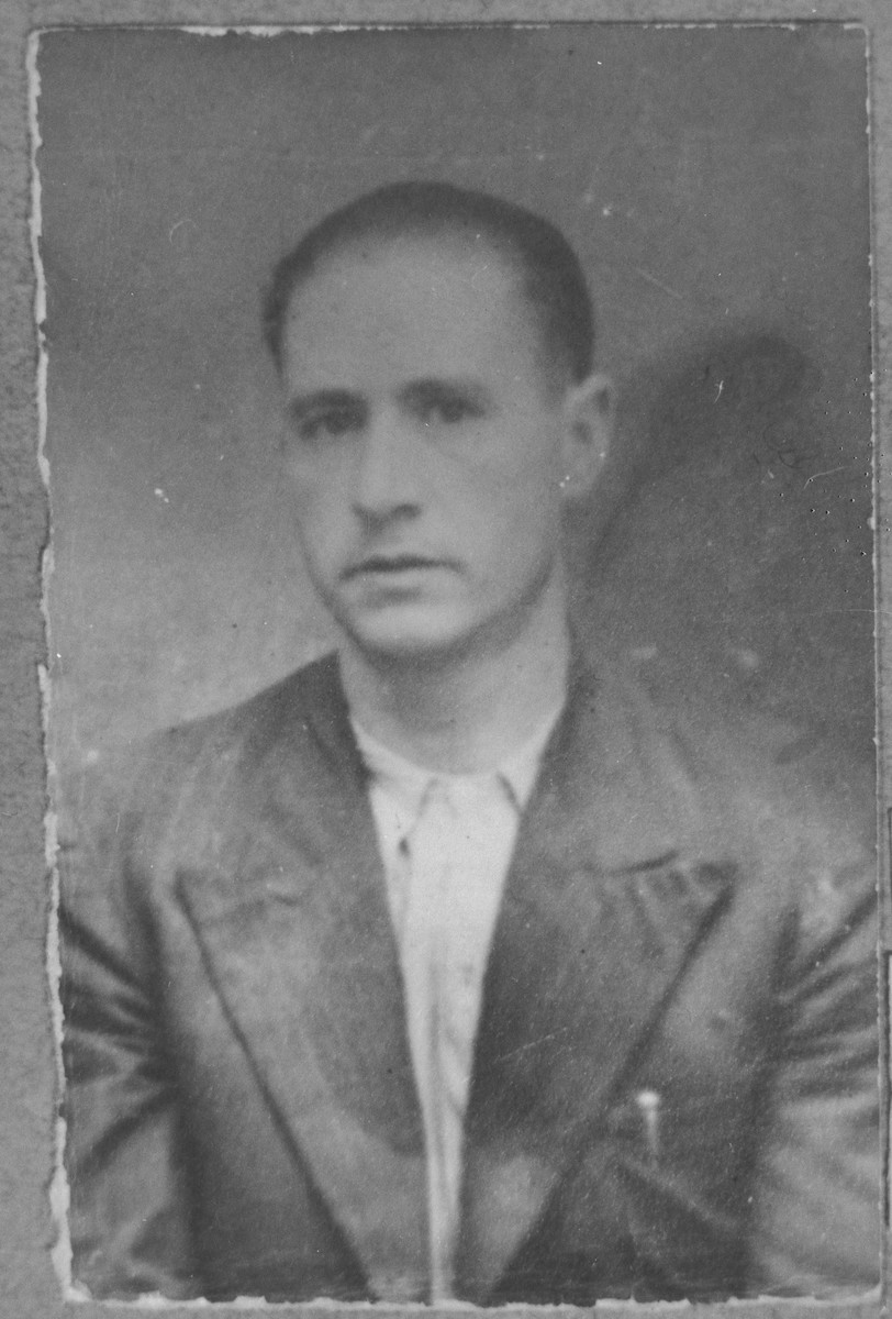 Portrait of Mois Testa, son of Mordechai Testa.  He was a tailor.  He lived at Asadbegova 1 in Bitola.