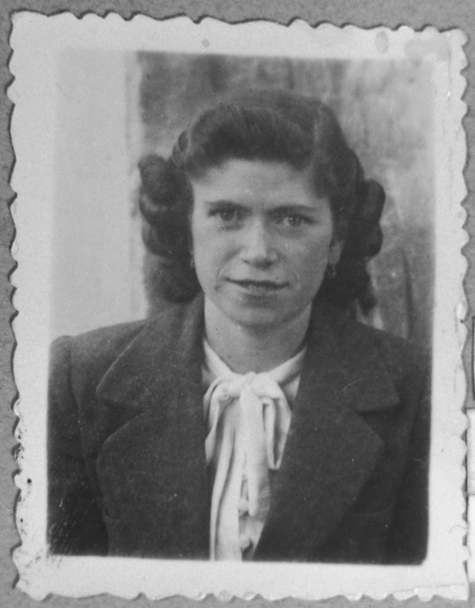Portrait of Sara Testa, [daughter of Bohor Testa].  She was a student.  She lived at Gostivarska 4 in Bitola.