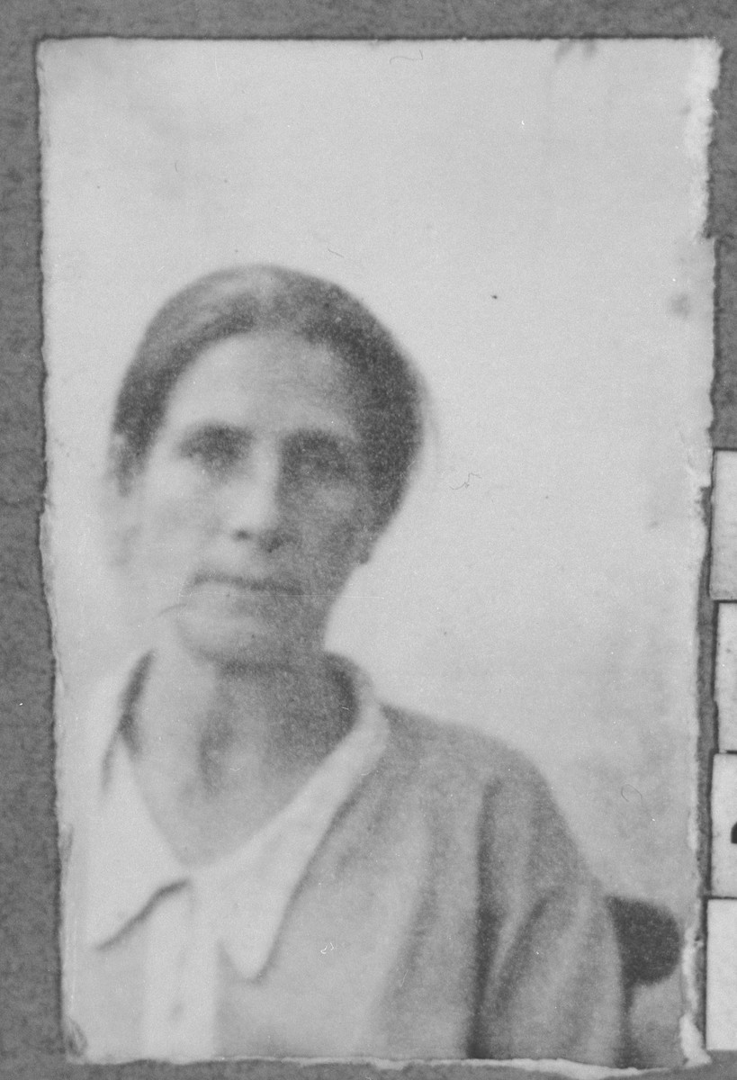 Portrait of Rekula Hasson, wife of Avram Hasson.  She was a laundress.  She lived at Krstitsa 1 in Bitola.