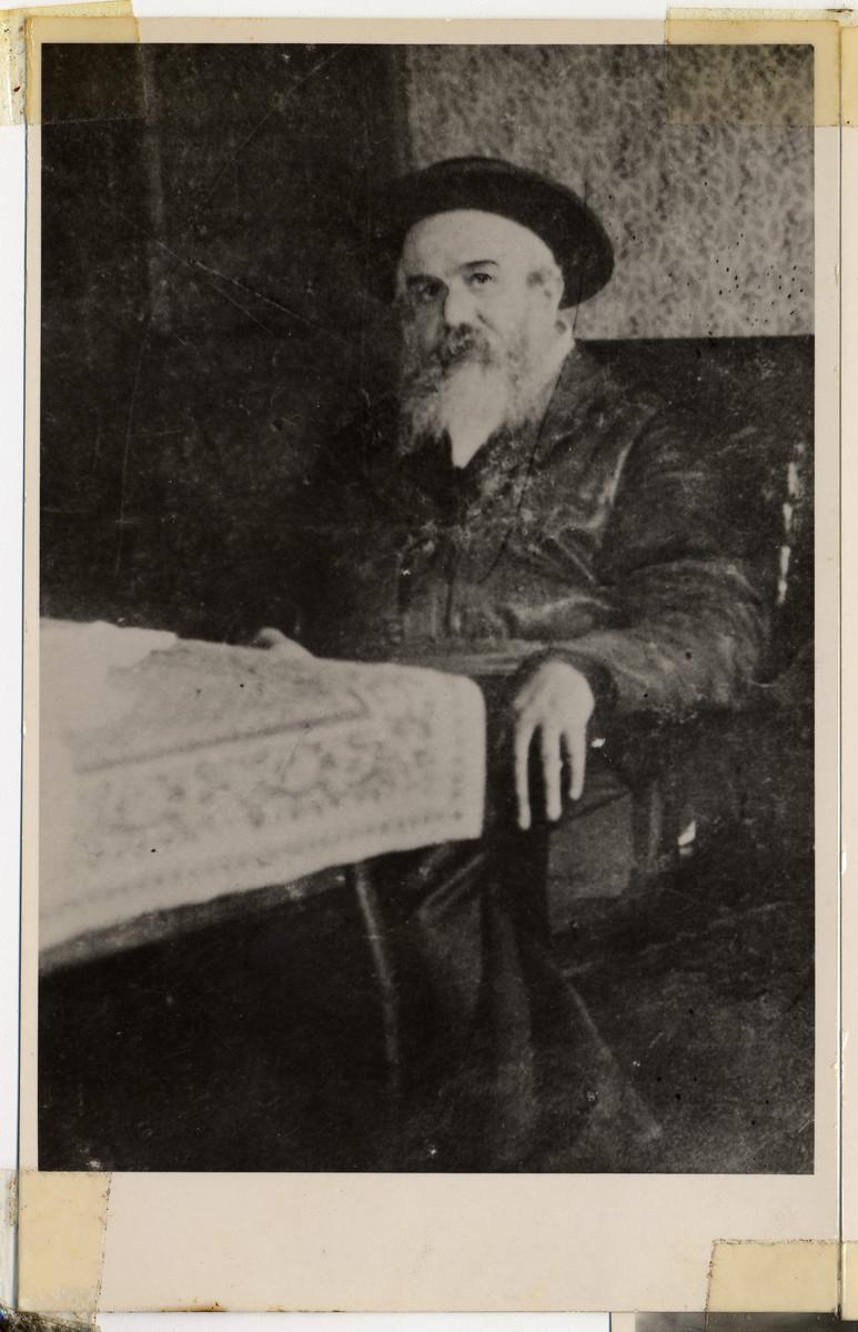Portrait of the Munkacer Rav, Rabbi Chaim Elazar Spira, otherwise known as the Minchat Eliezer.