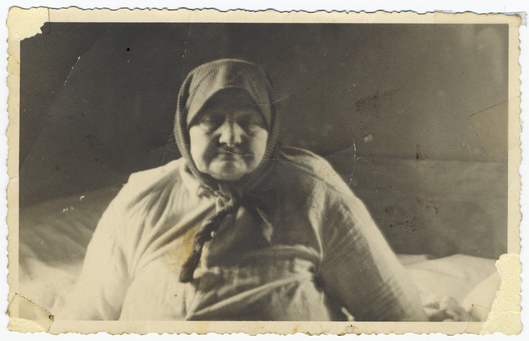 Close-up portrait of an elderly religious Jewish woman in Munkacs.  Pictured is Chaya Kallus, the mutual grandmother of the donor and her husband.  Chaya Kallus passed away before the Holocaust.