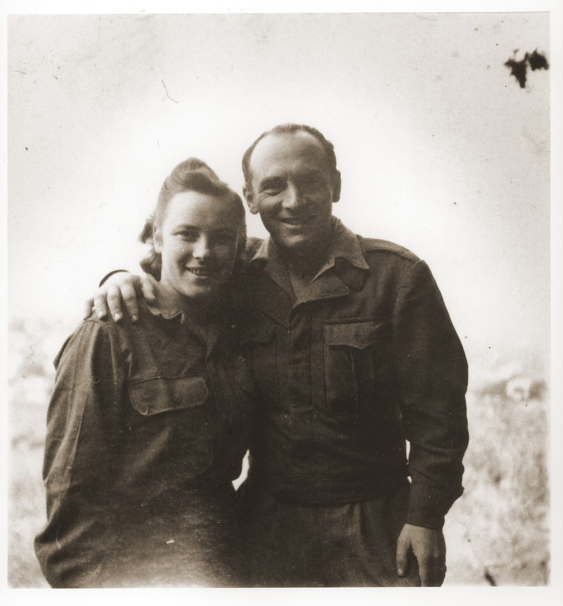 Portrait of Saba and Julek Fiszman after their reunion in Santa Maria di Bagni, Italy.