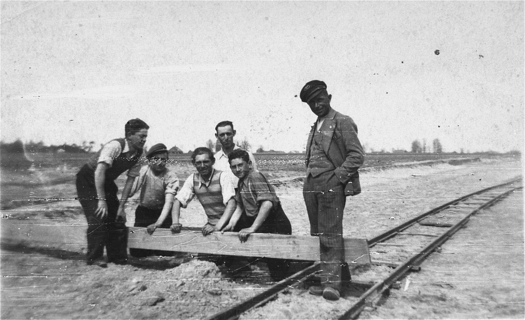Polish Jews at forced labor in Kolbuszowa.