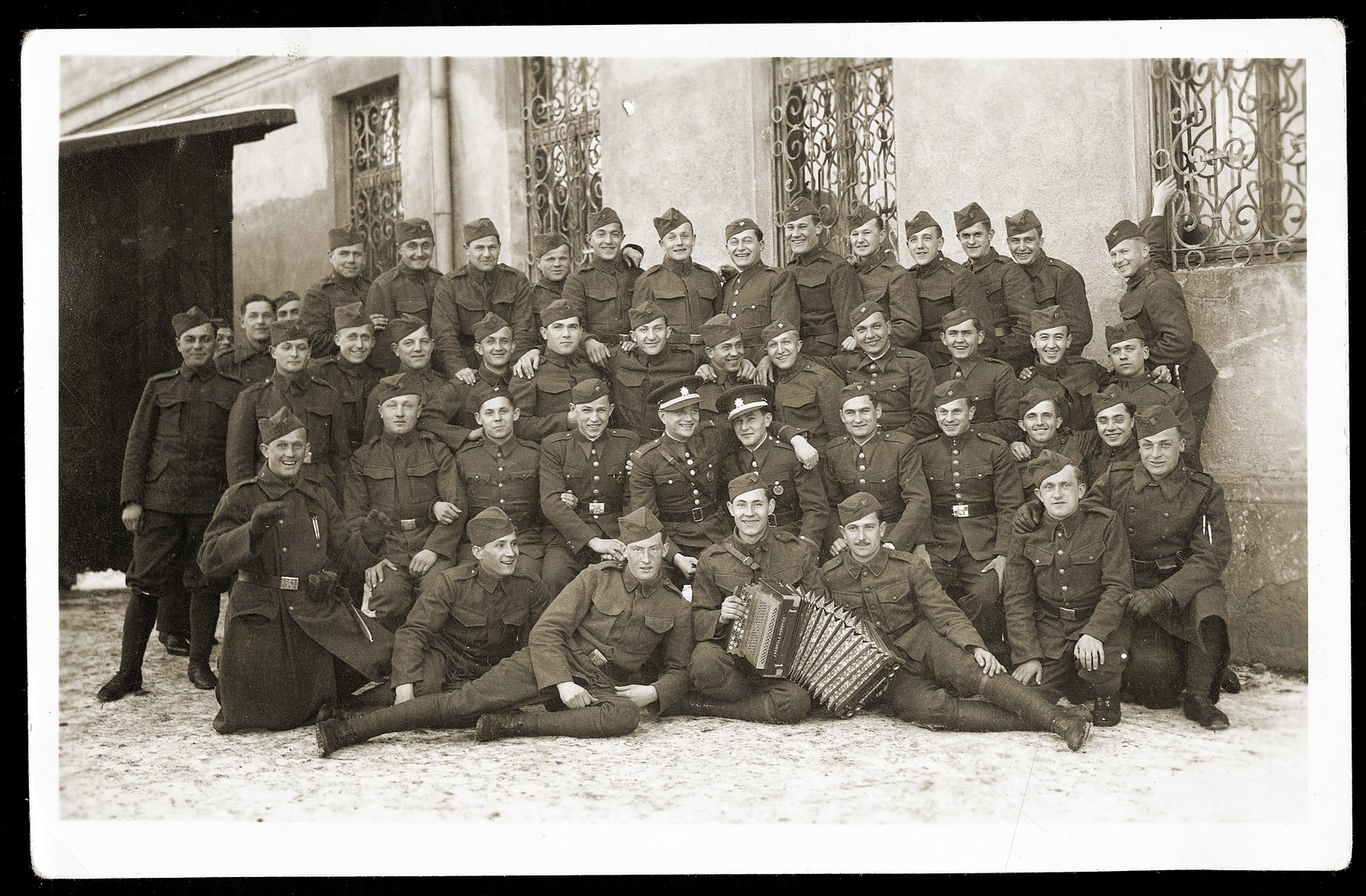 Group portrait of a Slovak army unit that included Jews.