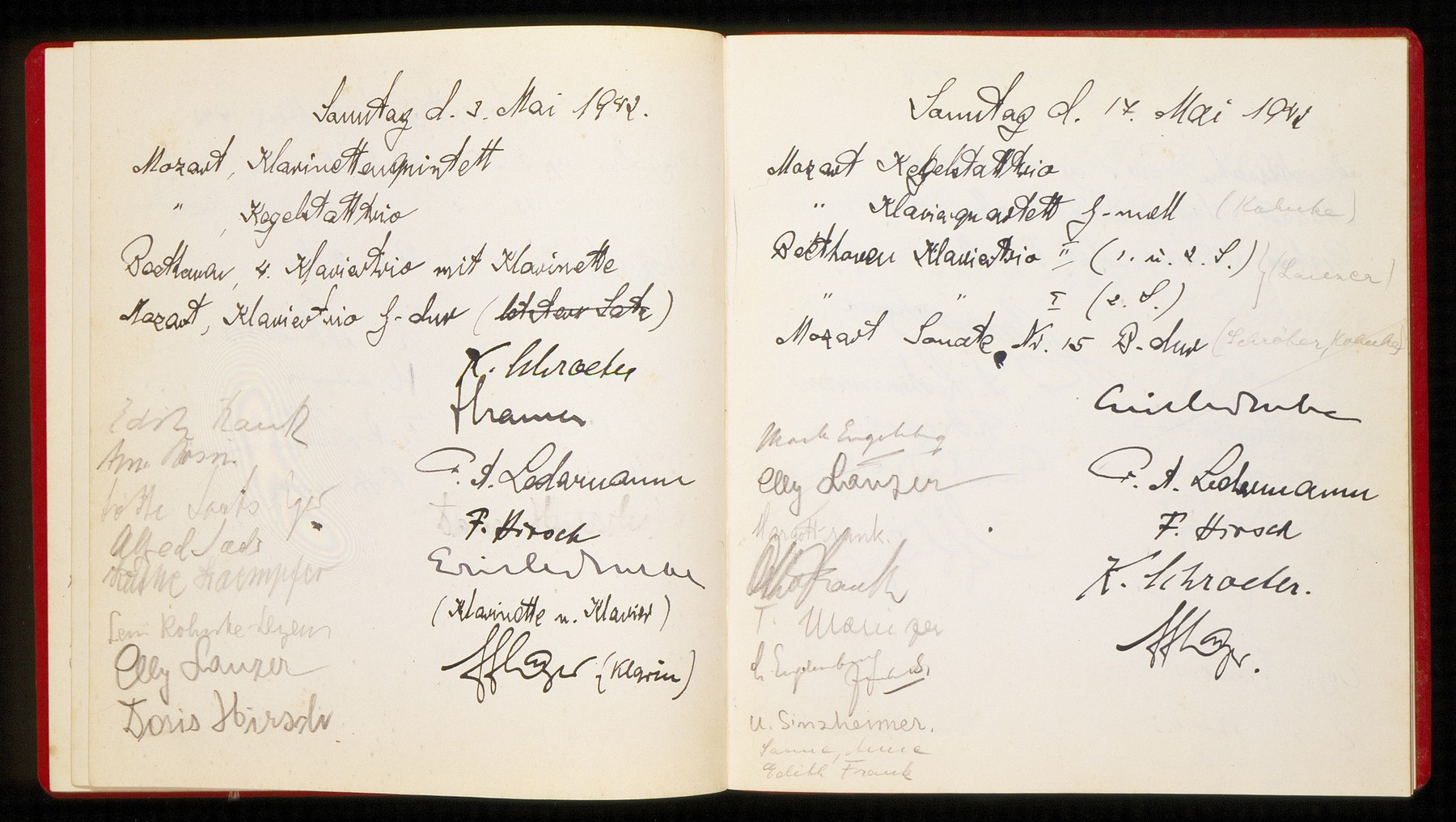 An open page of a guest book belonging to the Ledermann family which includes the signatures of Otto, Edith, and Margot Frank. The page is dated May 17, 1942 and records attendance at a chamber music concert in the Ledermann home in Amsterdam.