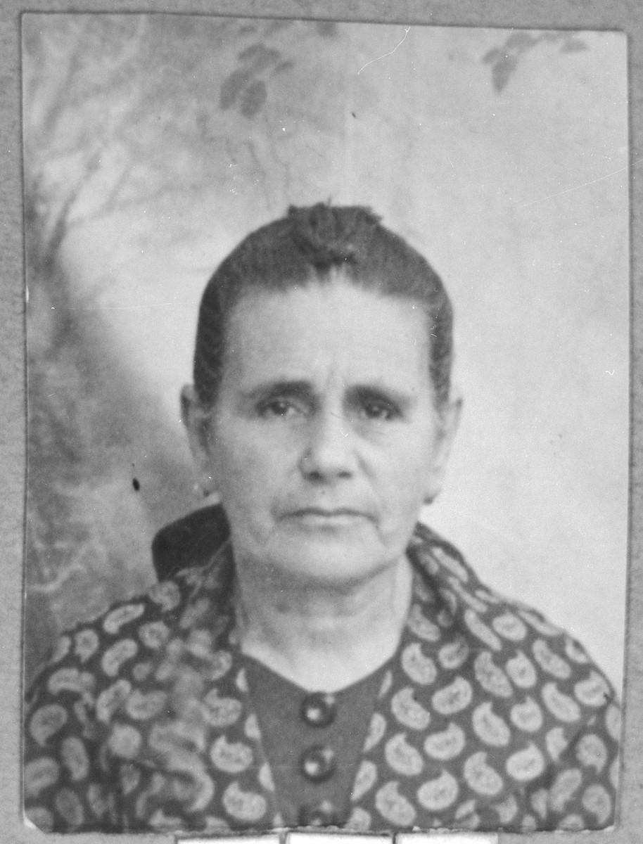 Portrait of Dona Mosse, wife of Shabetai Mosse.  She lived at Karagoryeva 111 in Bitola.