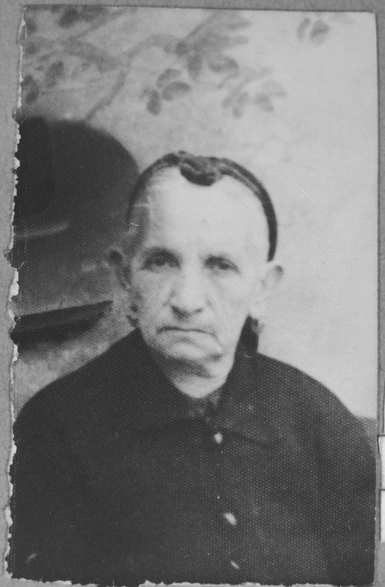 Portrait of Ester Massot, wife of Bohor Massot.  She lived at Karagoryeva 52 in Bitola.
